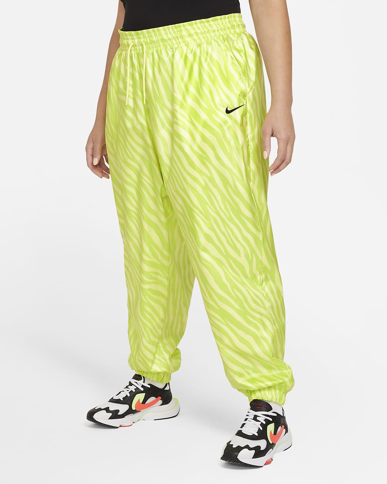 Pantalones para mujer talla grande Nike Sportswear Icon Clash