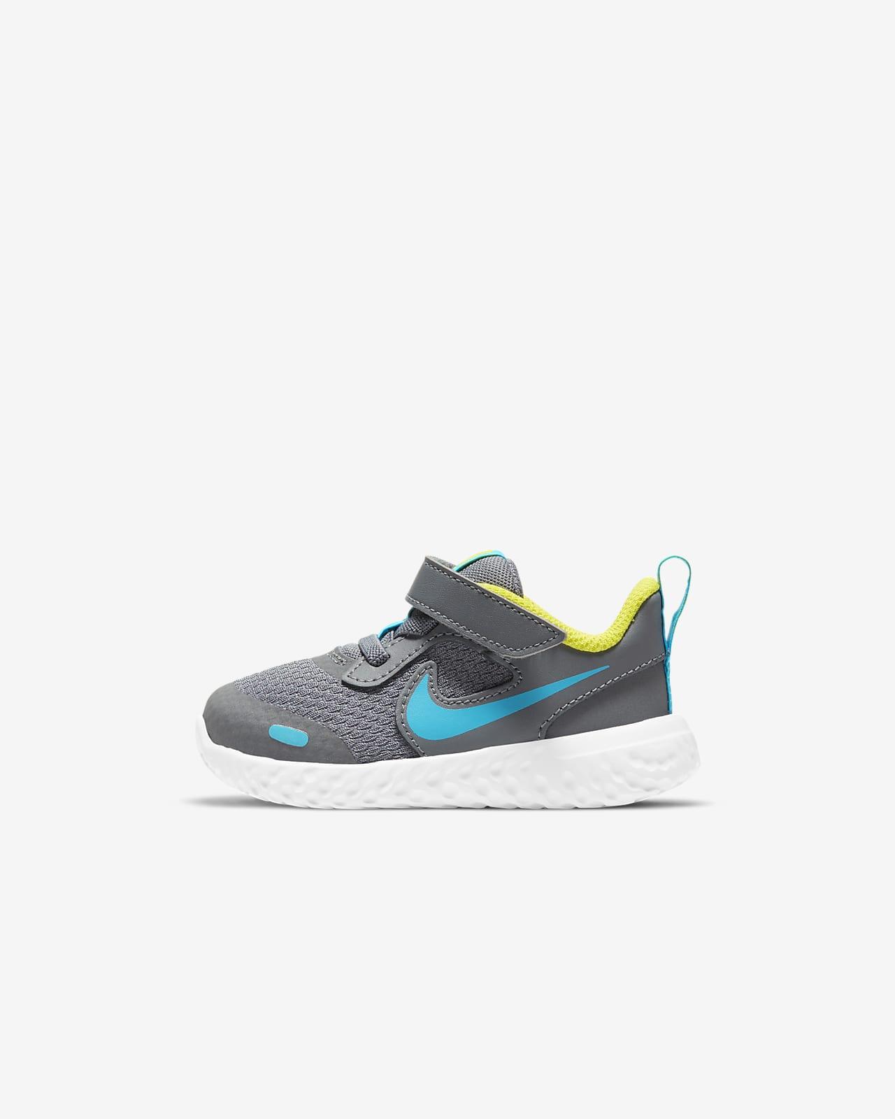 Nike Revolution 5 Schuh für Babys und Kleinkinder