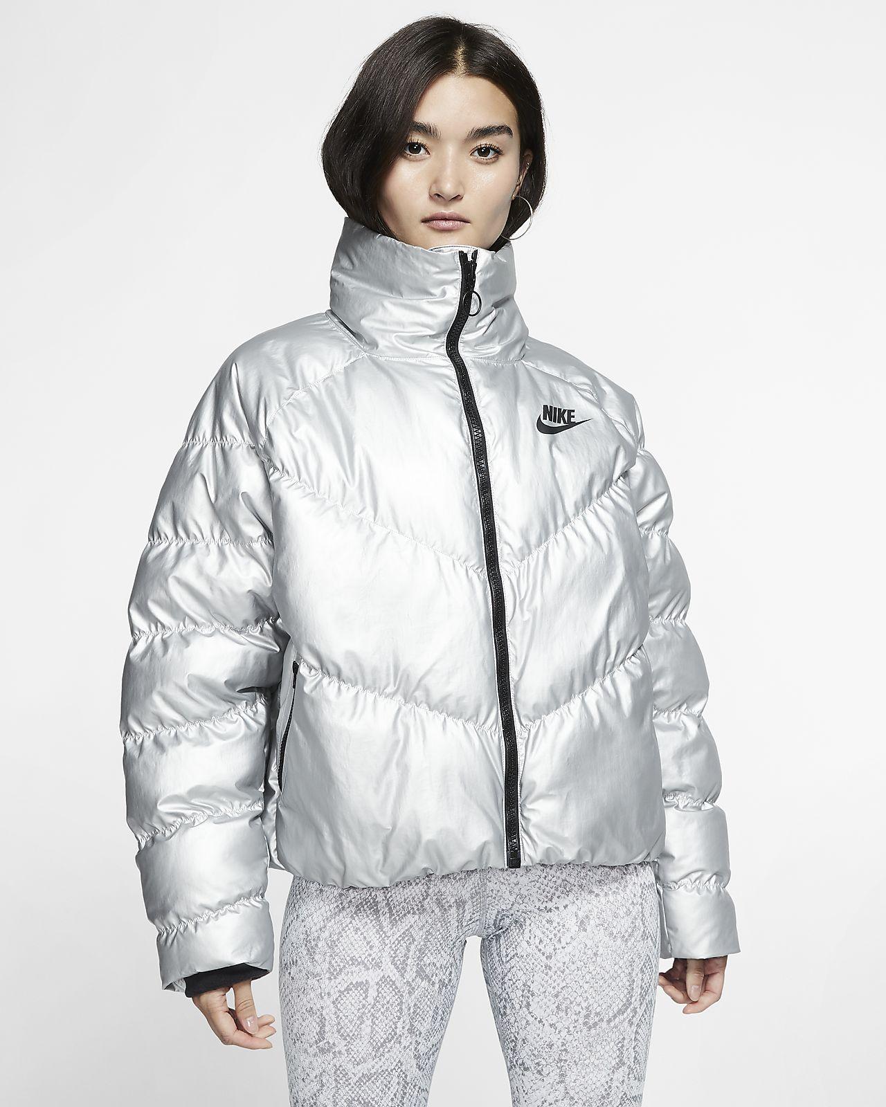 Nike Kurtka damska dwustronna Sportswear Synthetic Fill