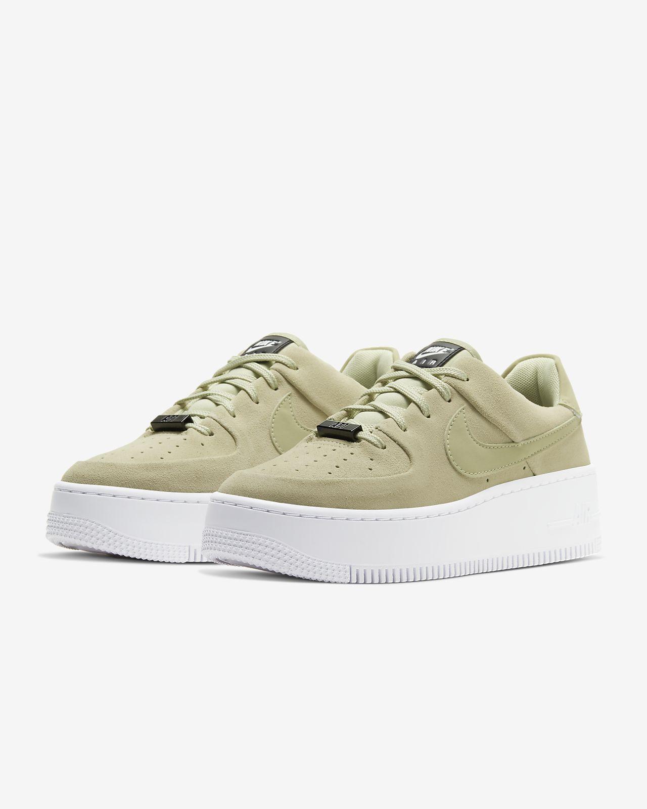 Vendo ténis Nike Air Force Nude 38.5