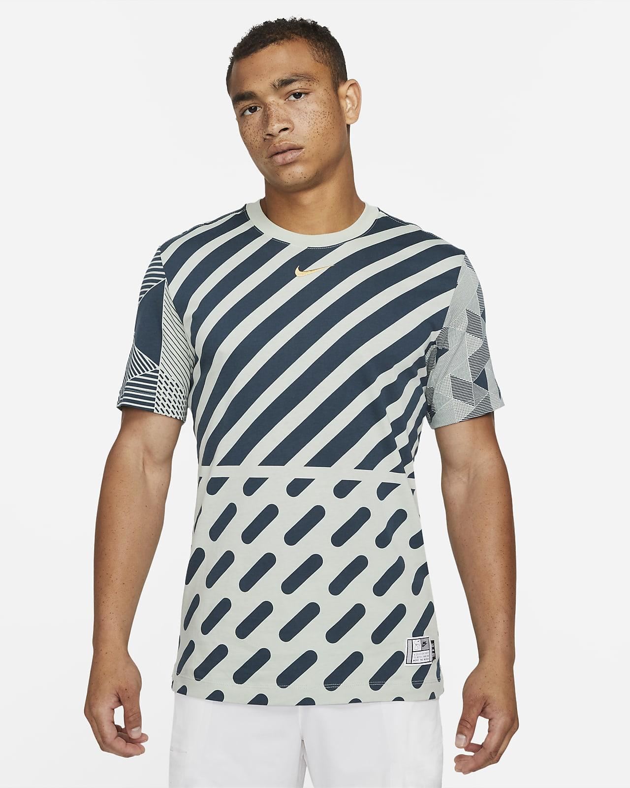 Serena Design Crew Tennis-T-Shirt mit Grafik