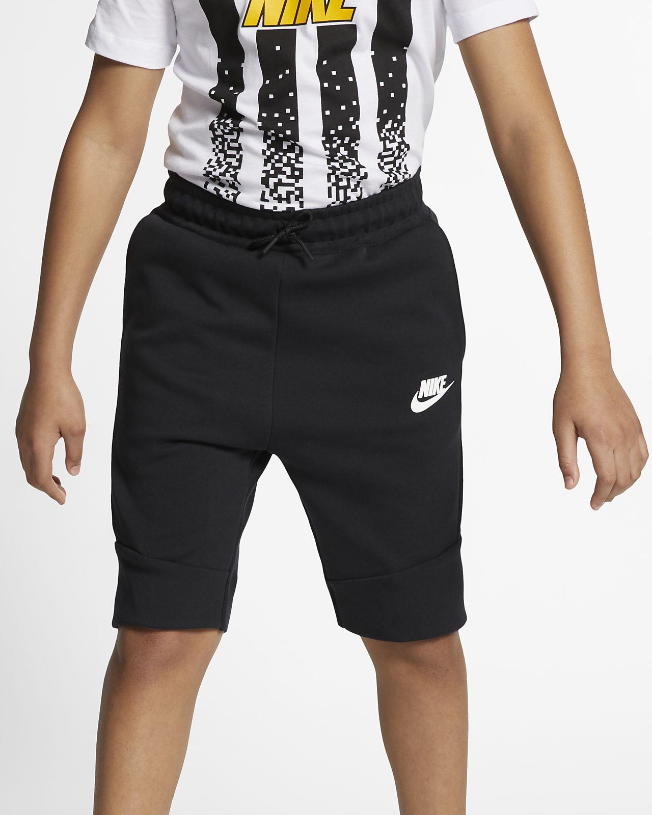 Nike Sportswear Tech Fleece Older Kids' Shorts