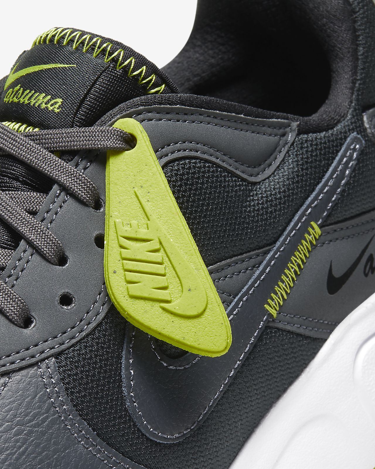 Sko Nike Ebernon Mid Winter för män. Nike SE