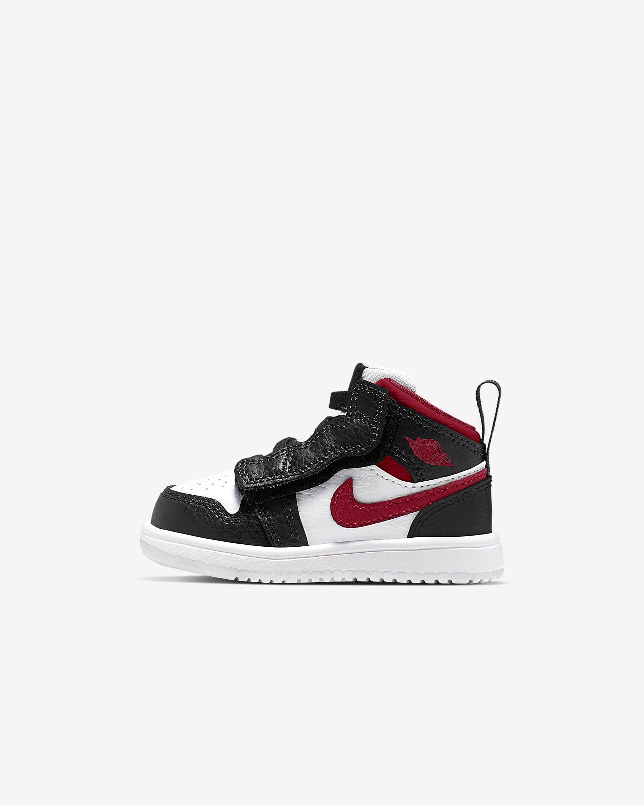 Jordan 1 中筒嬰幼兒鞋款