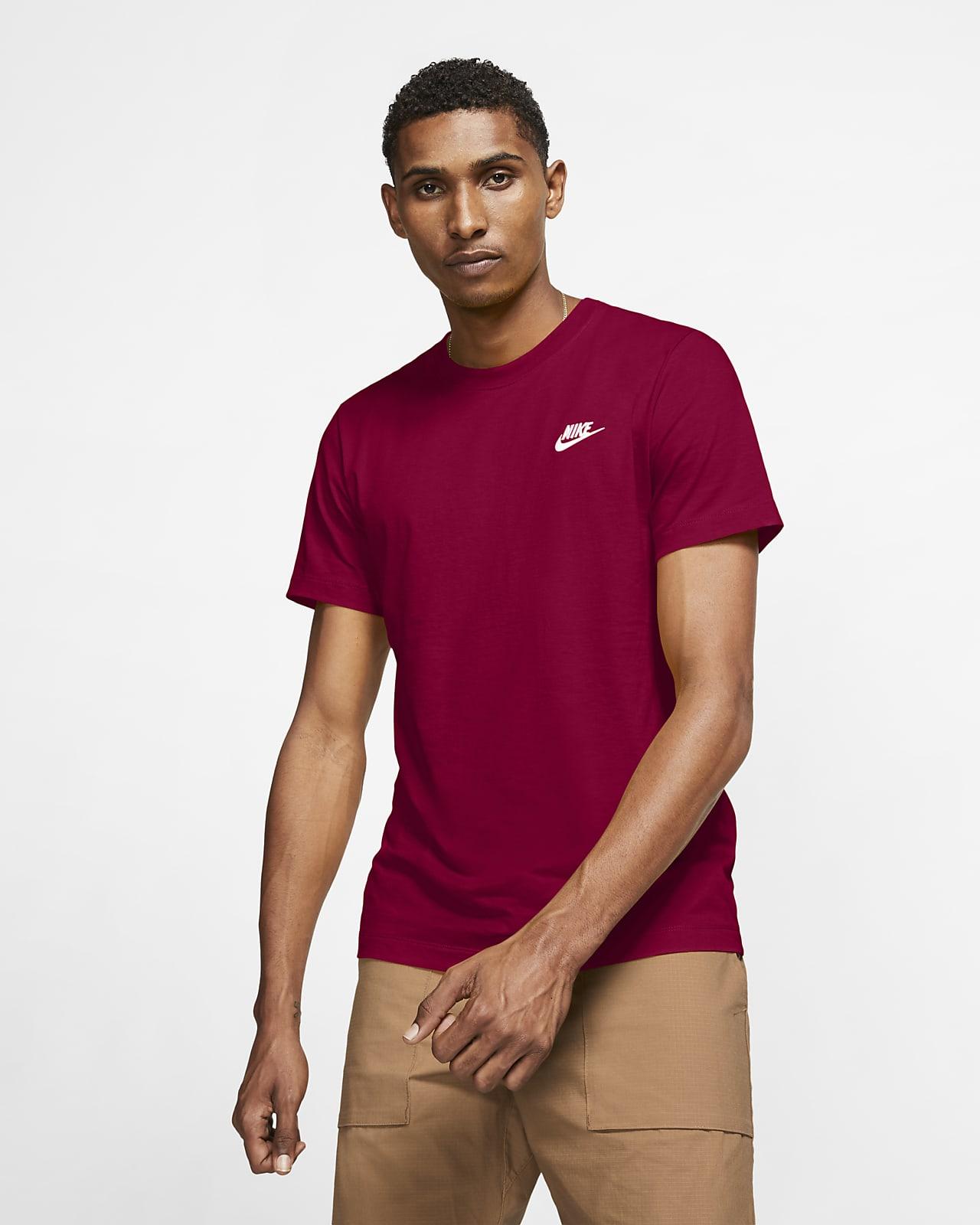 Nike Sportswear Club Erkek Tişörtü