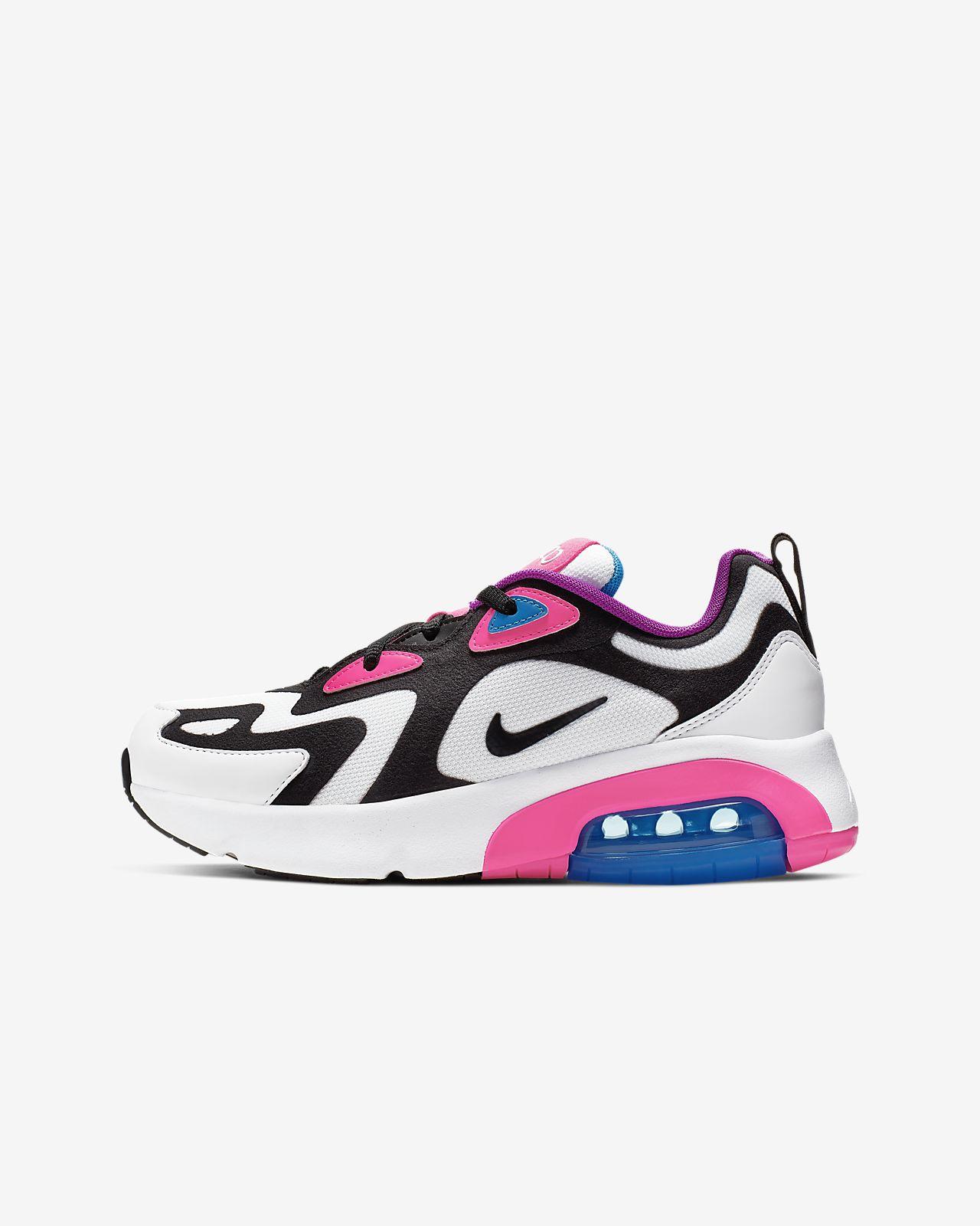 chaussure nike 200