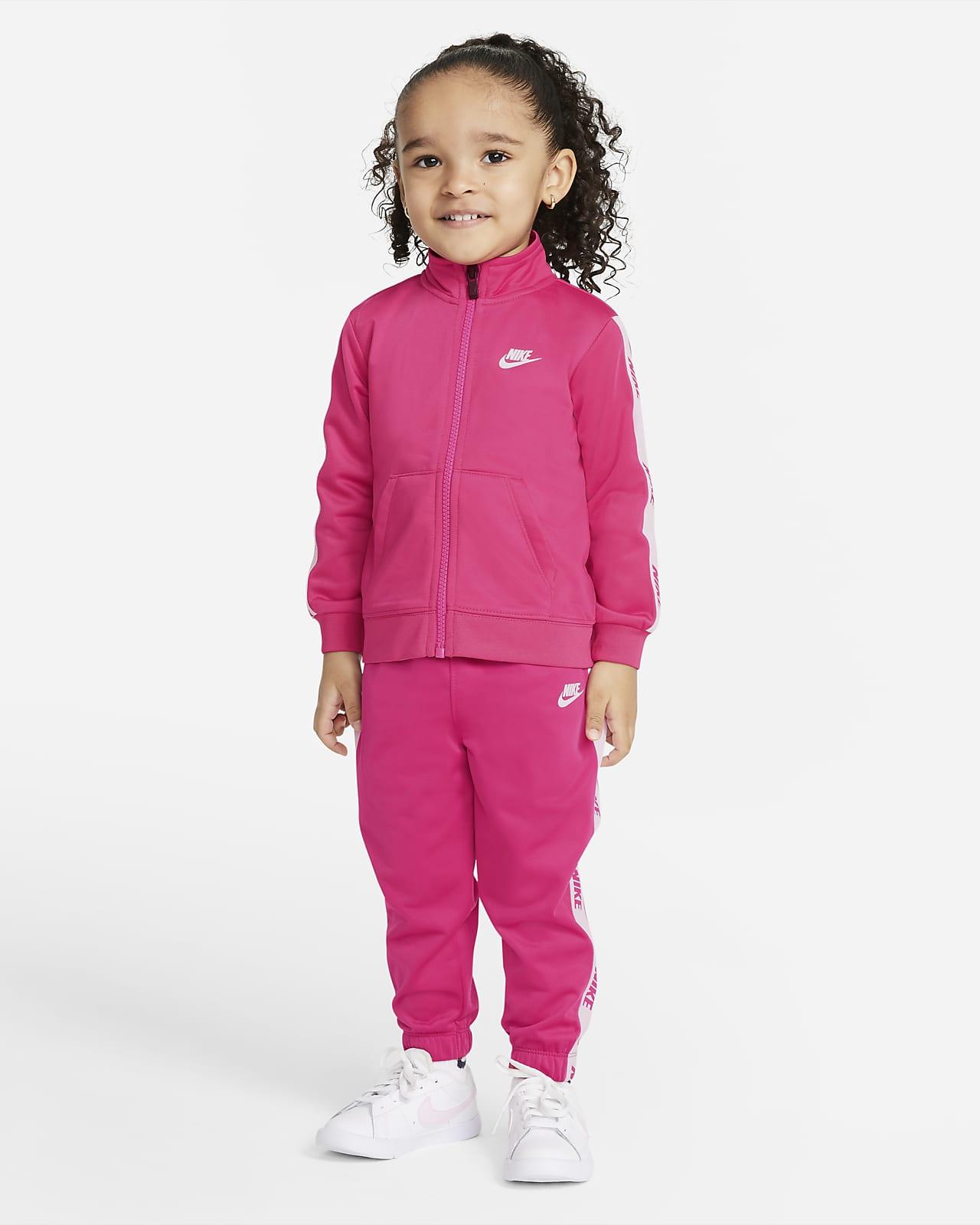 Nike kabát és nadrág szett babáknak (12–24 hónapos)