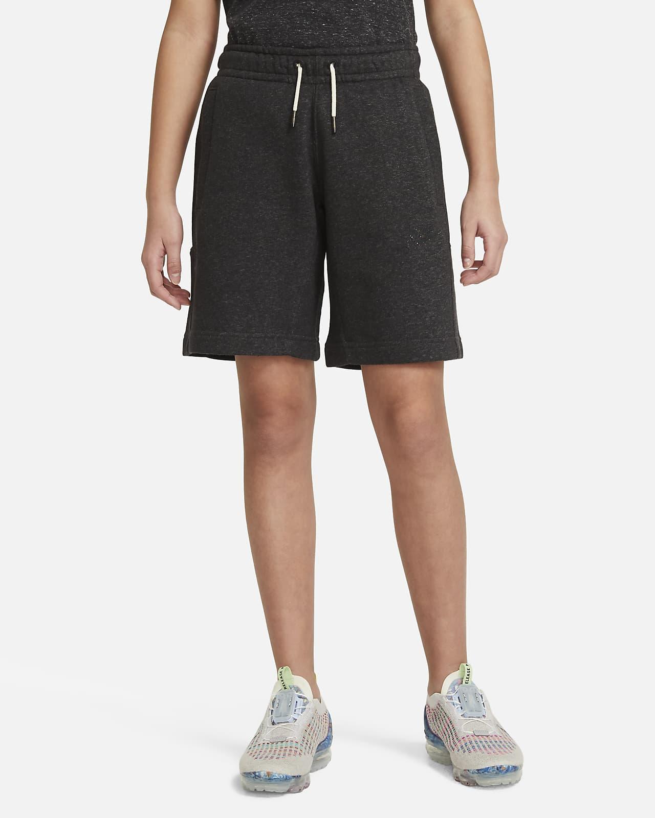 Nike Sportswear shorts til store barn
