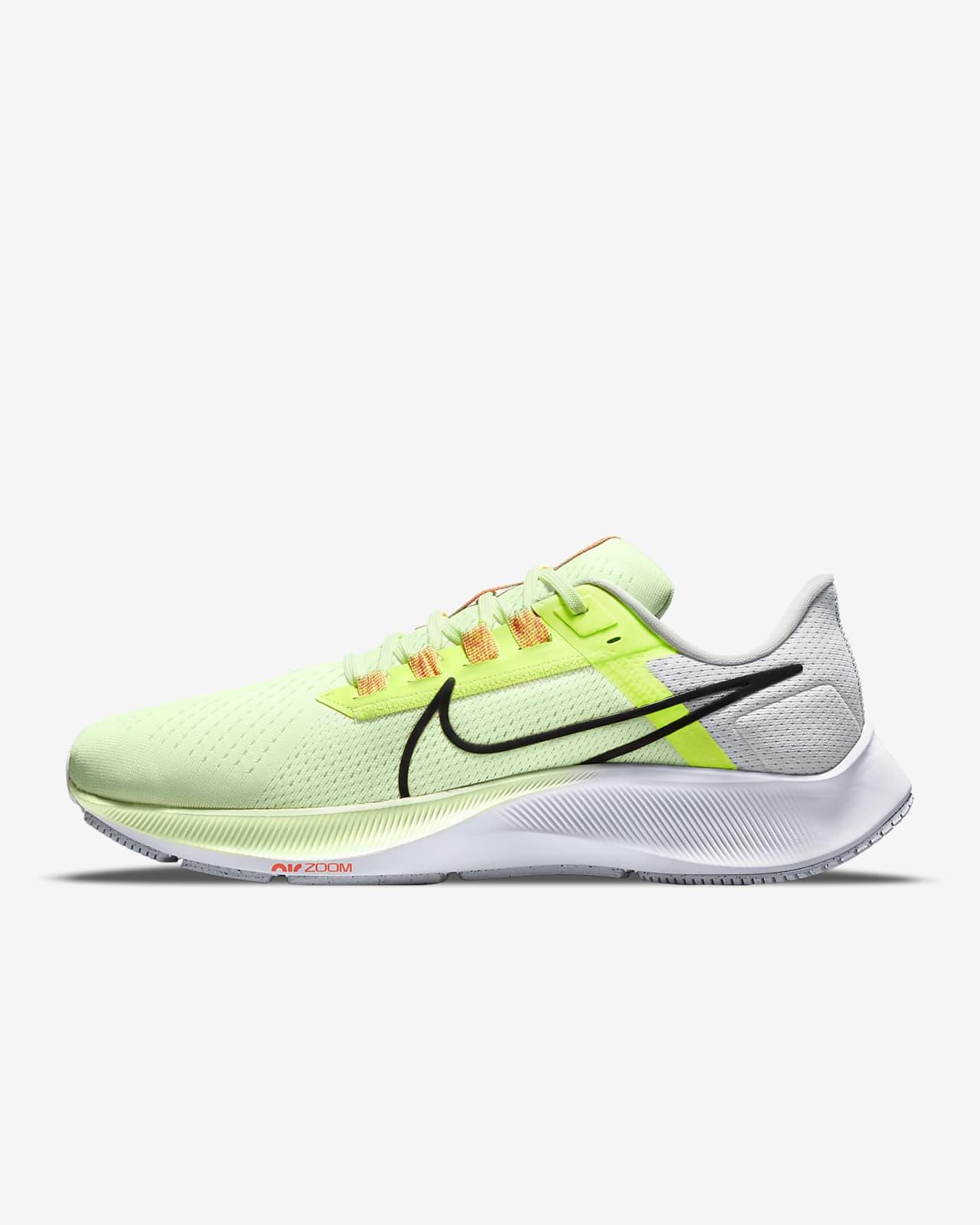 Nike Air Zoom Pegasus 38 Hardloopschoen voor heren (straat)