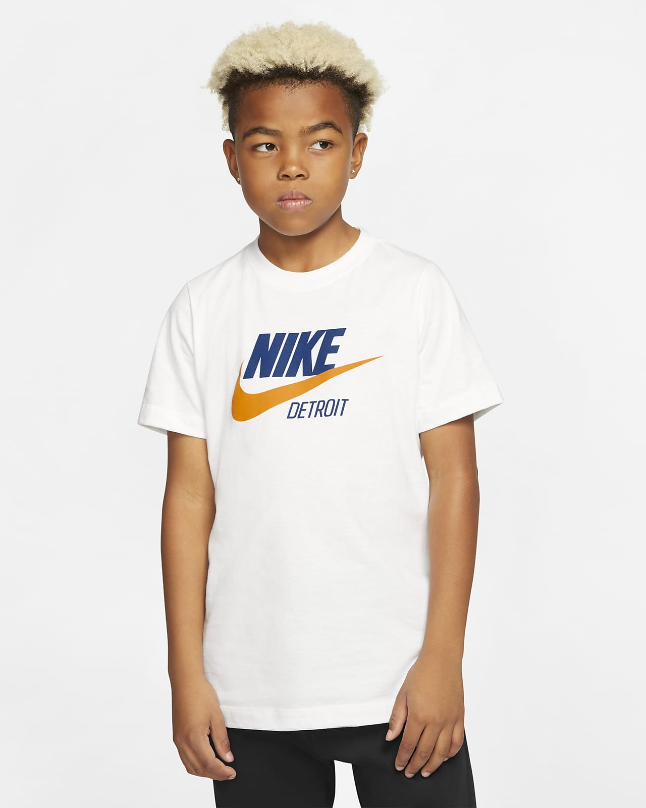 Playera para niños talla grande Nike Sportswear Detroit