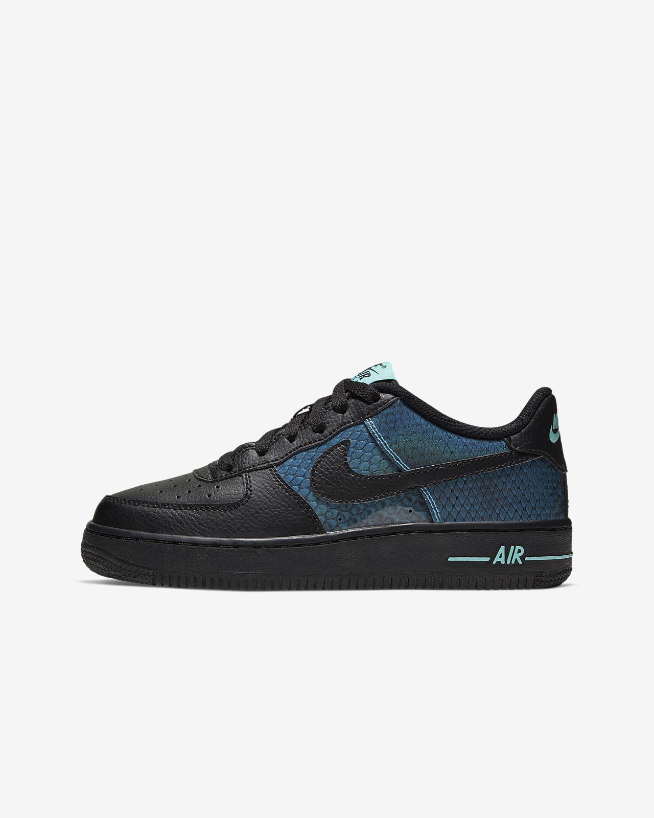 Nike Air Force 1 React cipő nagyobb gyerekeknek. Nike HU