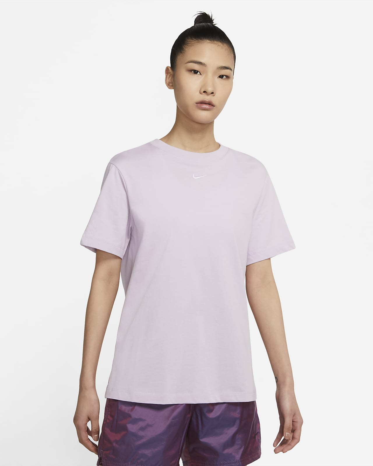Nike Sportswear Essential 女子上衣