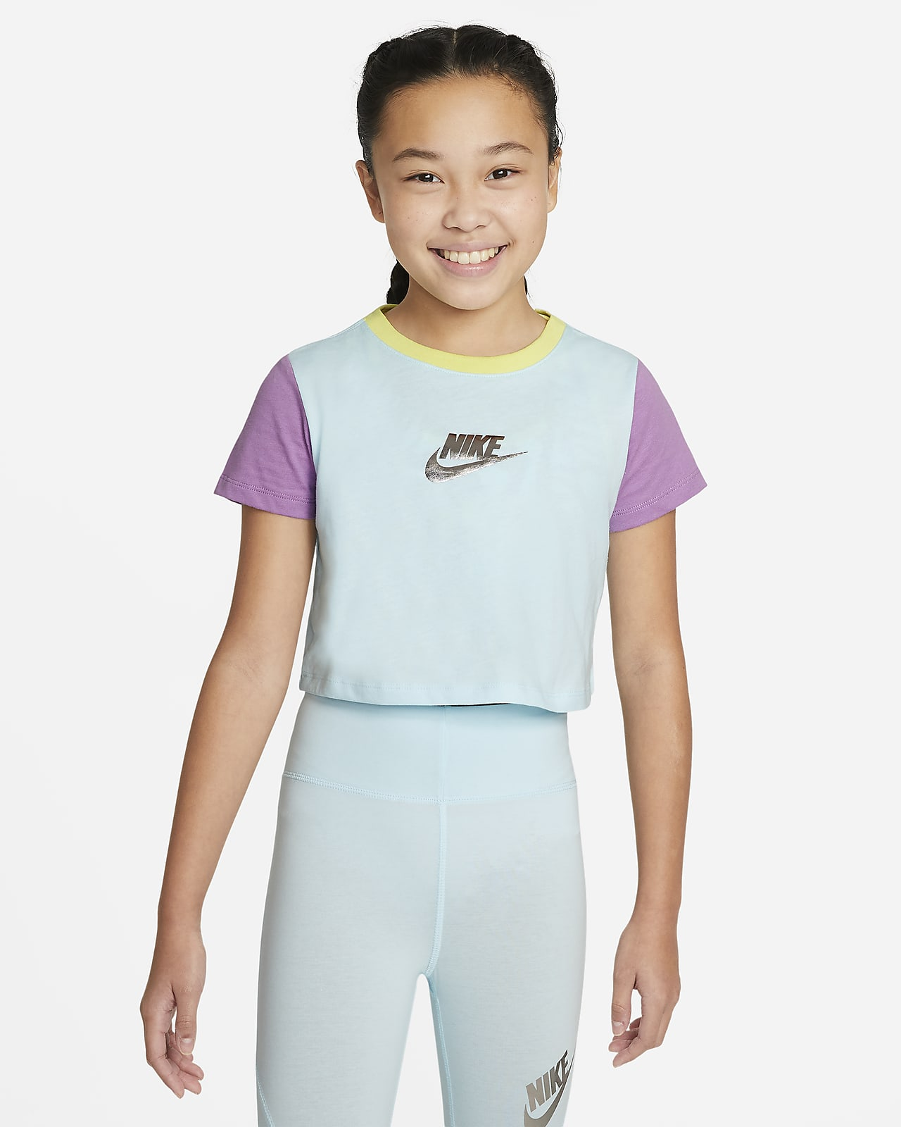 Nike Sportswear Big Kids' (Girls') Cropped T-Shirt