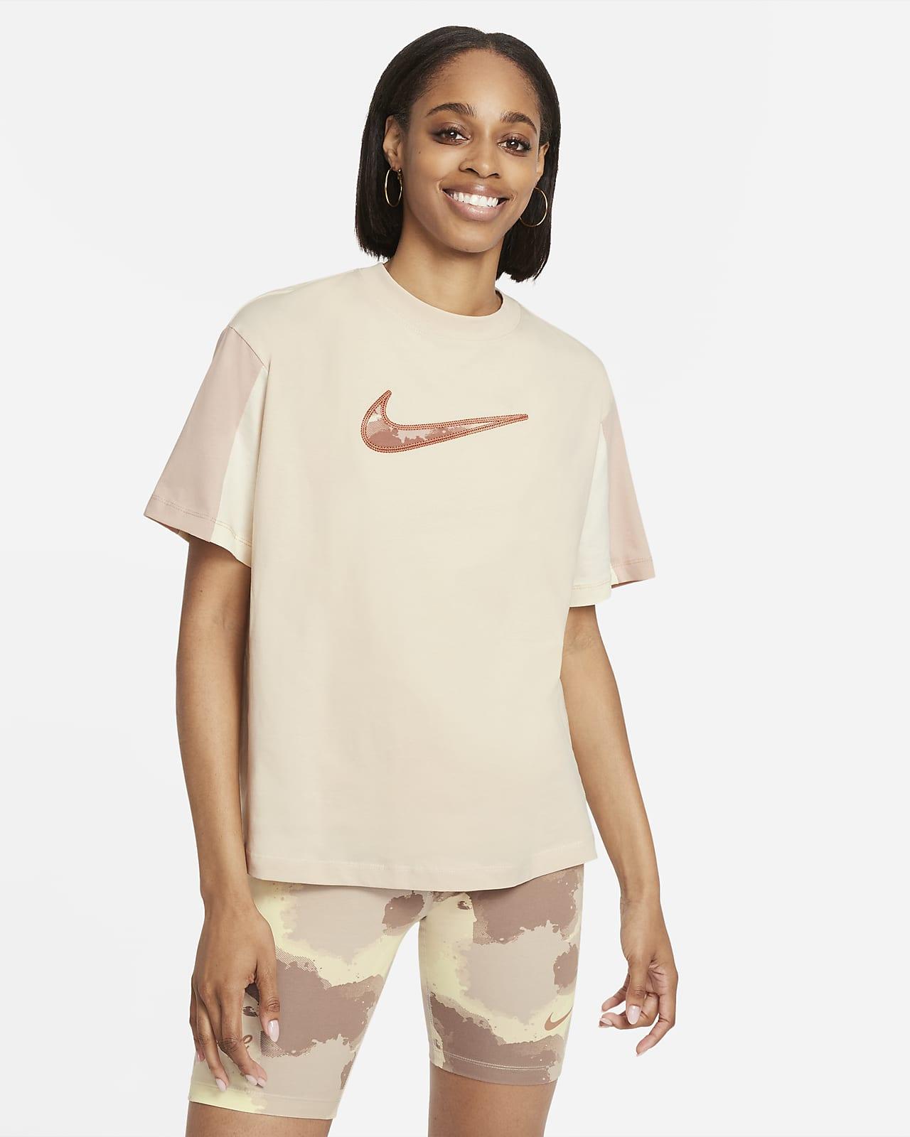 Kortärmad tröja Nike Sportswear Essential för kvinnor