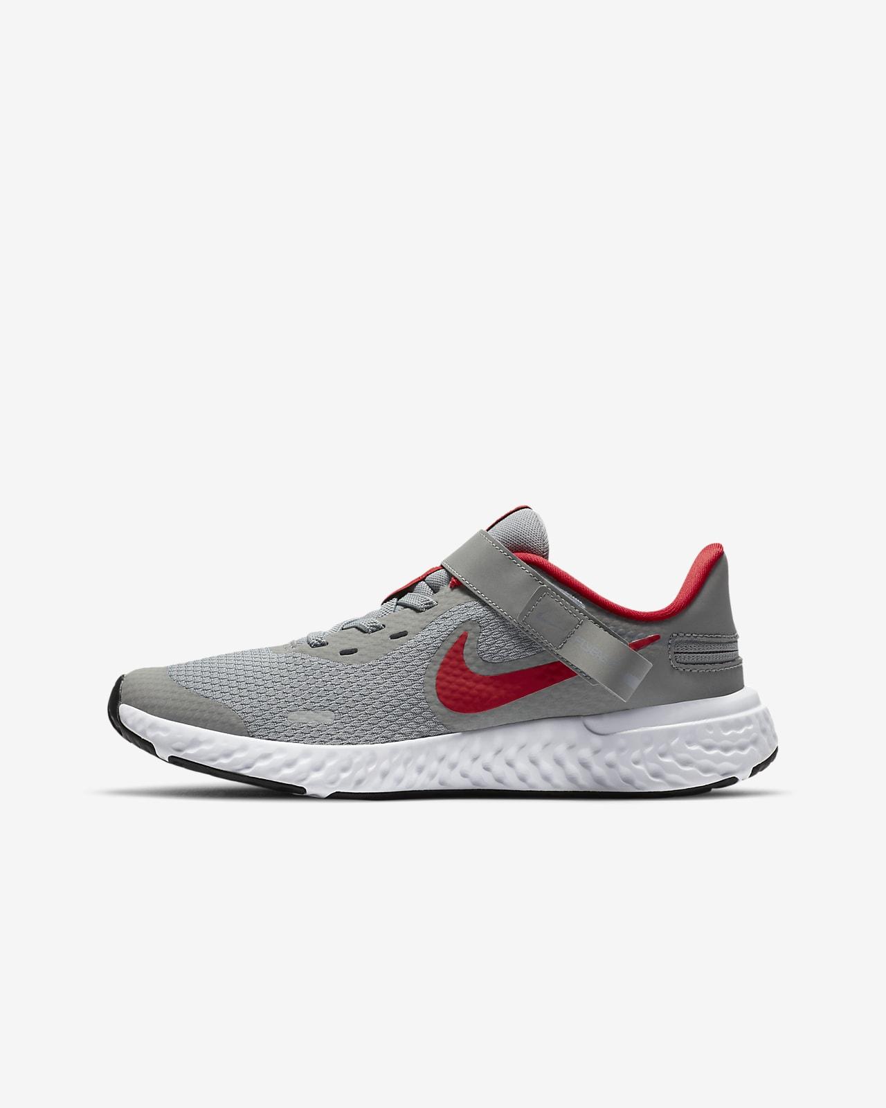 Nike Revolution 5 FlyEase Big Kids' Running Shoe (Wide)