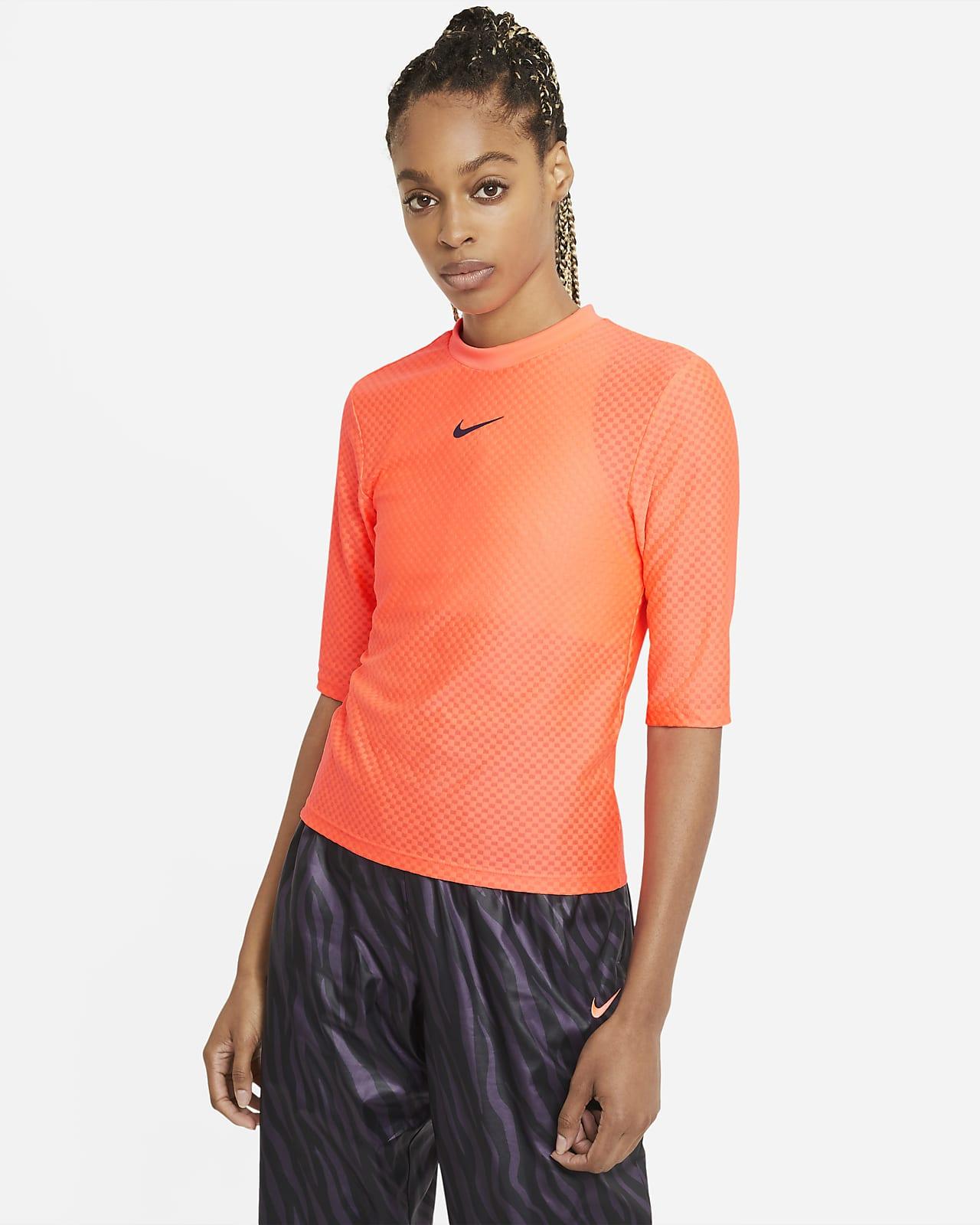 Topp Nike Sportswear Icon Clash för kvinnor