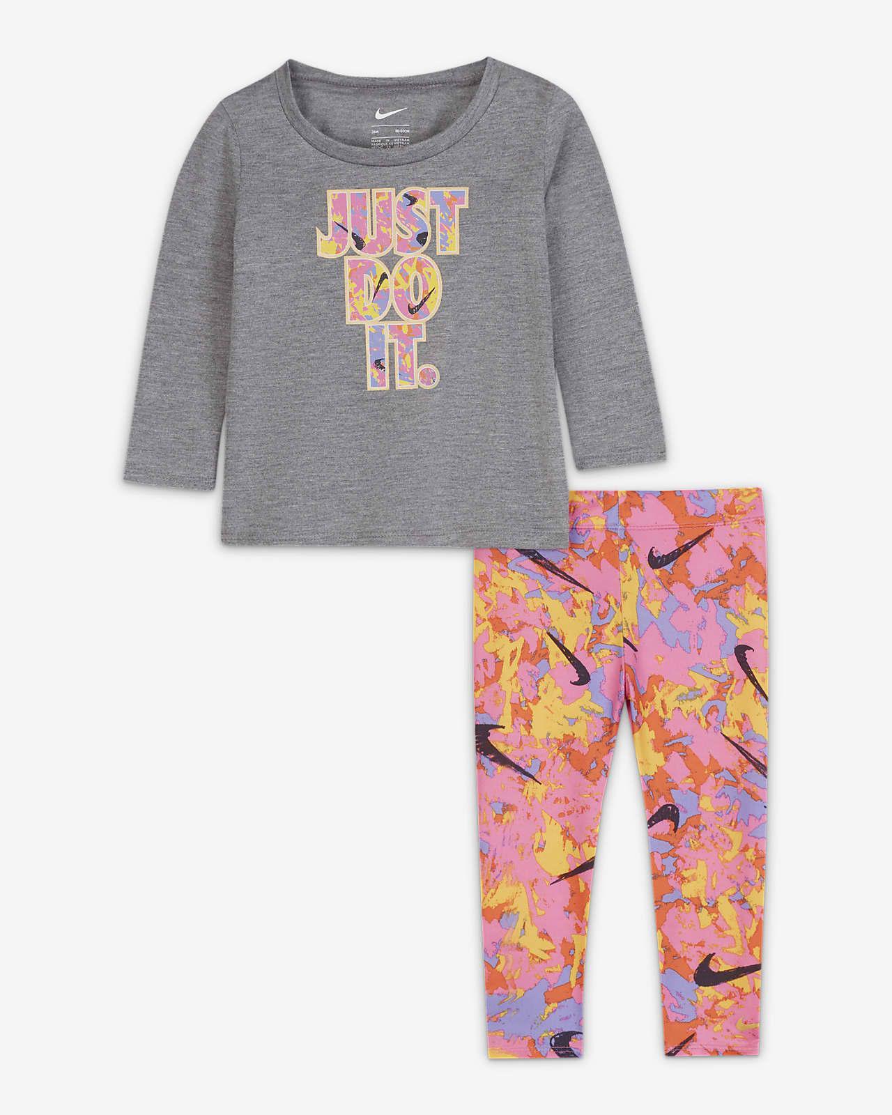 Nike Baby (12-24M) T-Shirt and Leggings Set