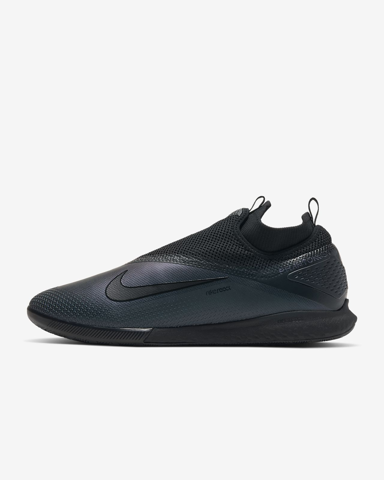 Nike React Phantom Vision 2 Pro Dynamic Fit IC Indoor/Court Football Shoe