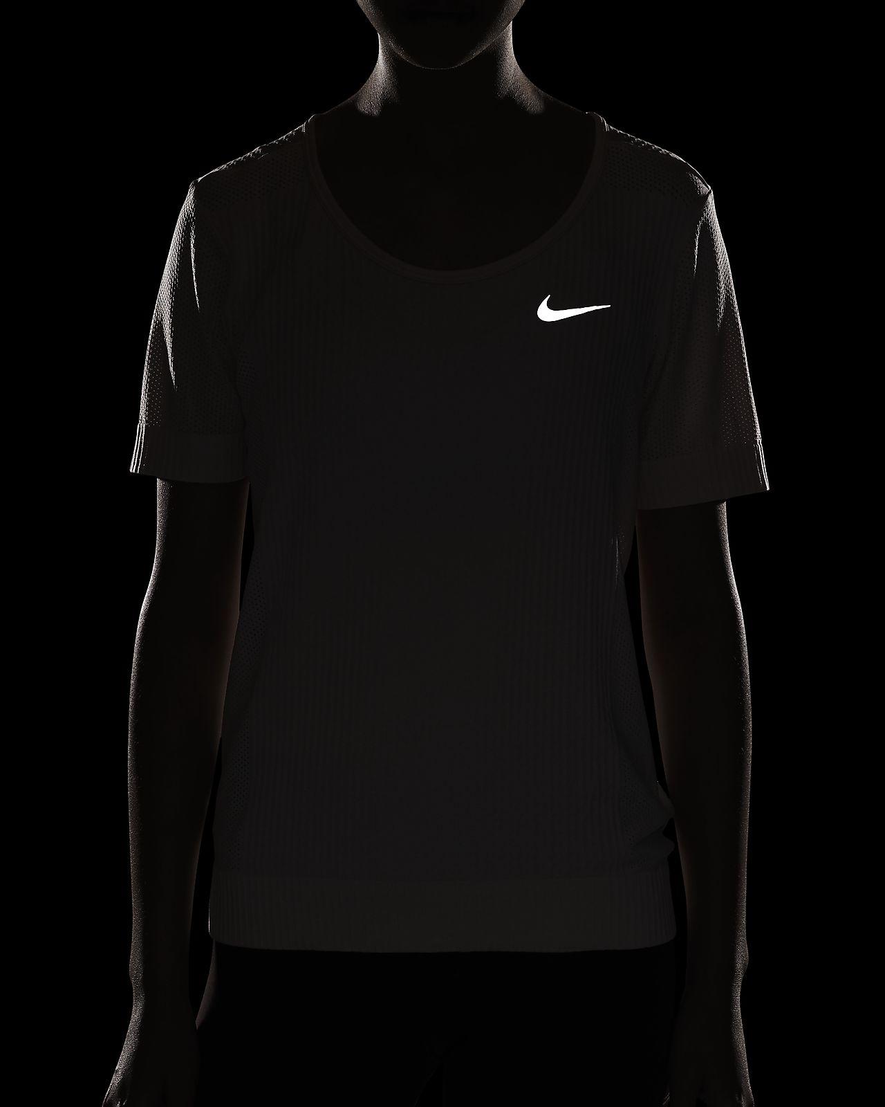 Nike Infinite Kurzarm Laufoberteil für Damen
