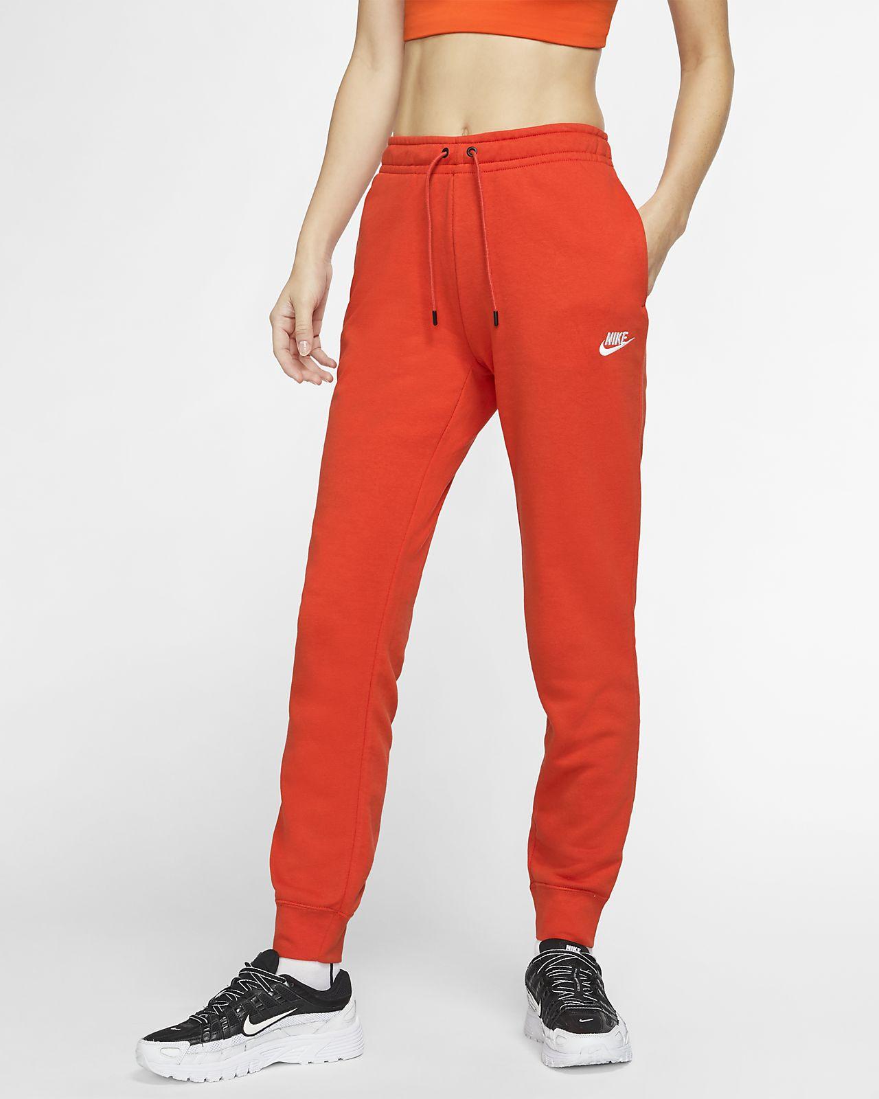 Nike Sportswear Tech Essentials
