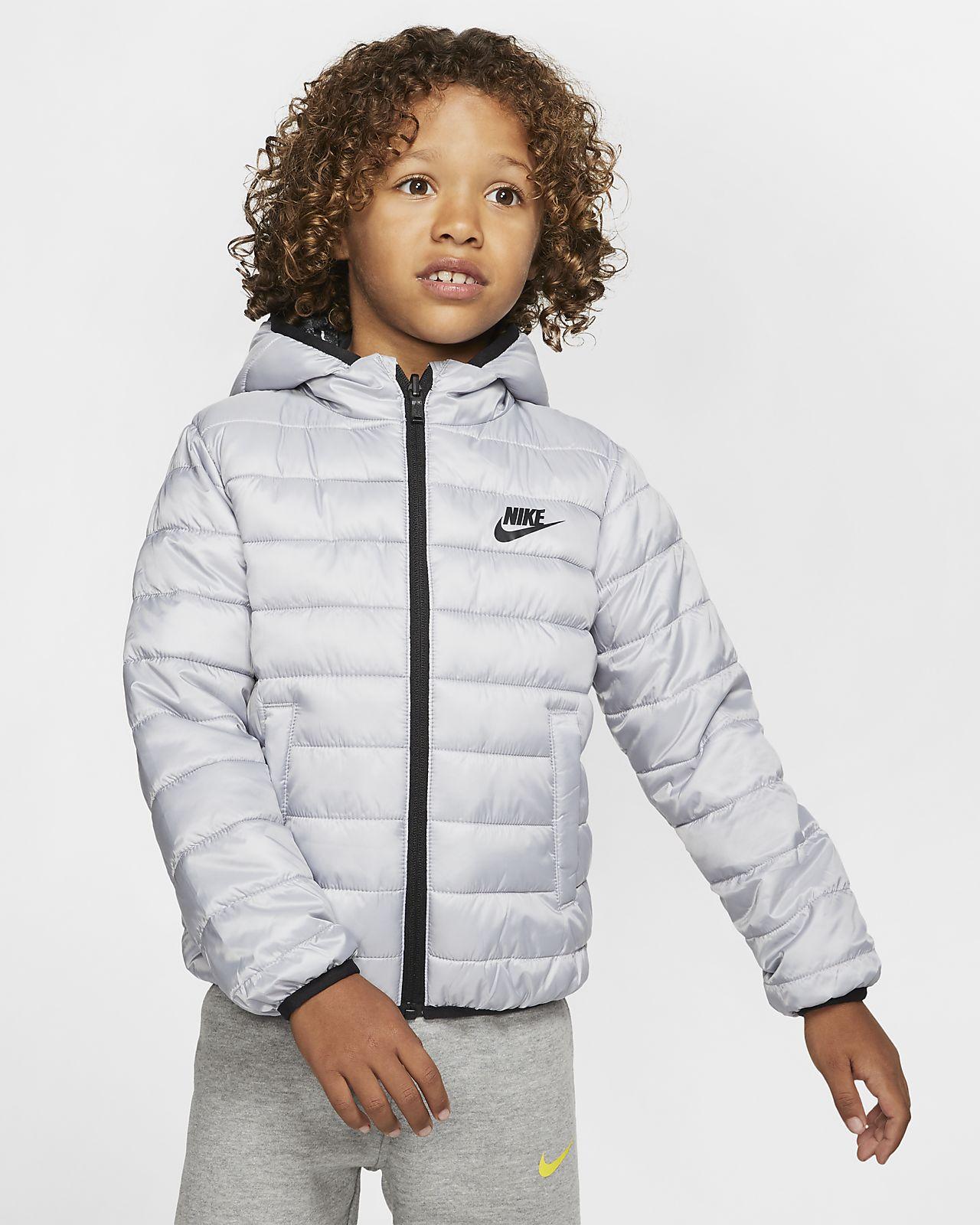 Vendbar Nike jakke til små børn. Nike DK
