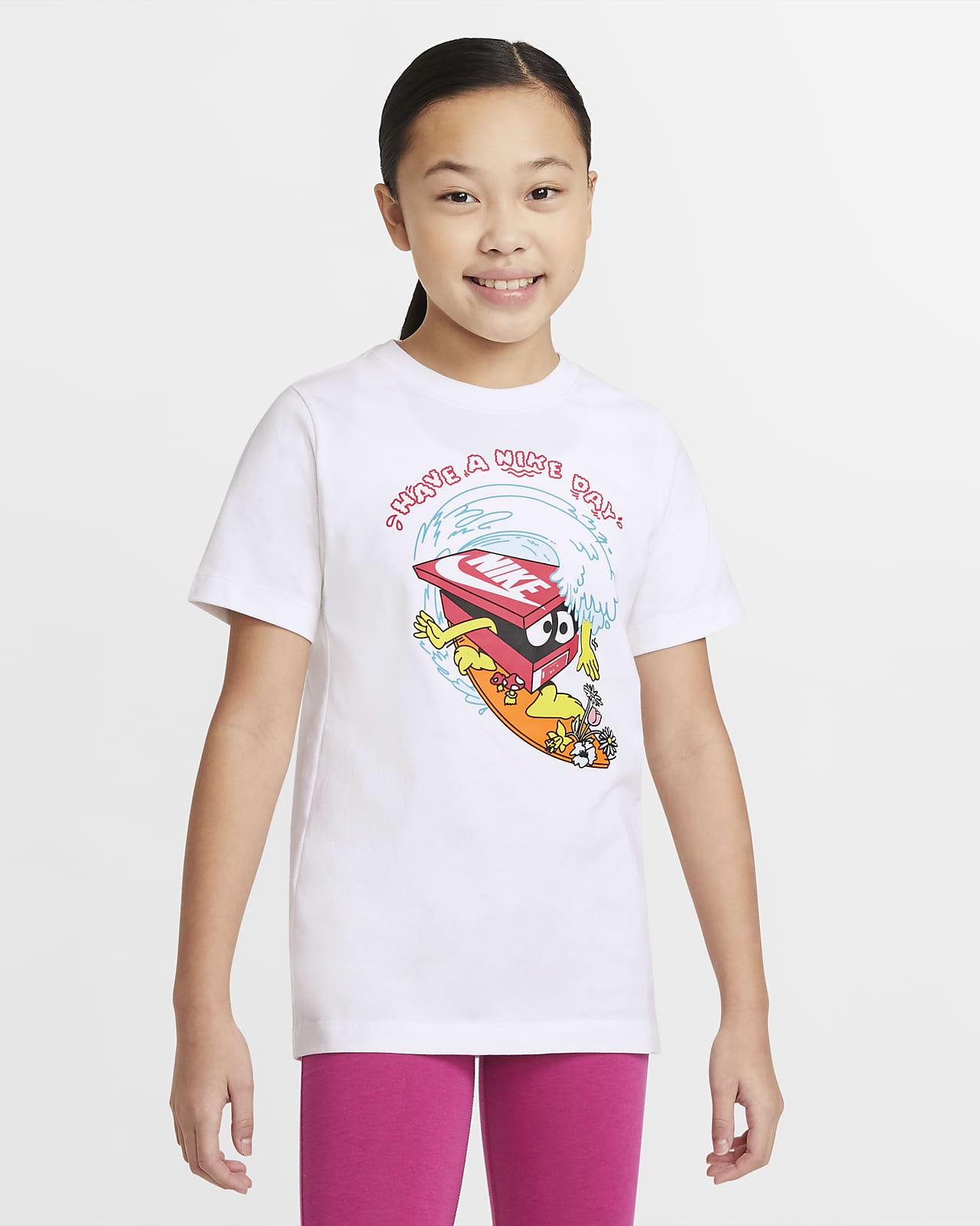 Nike Sportswear 大童 T 恤