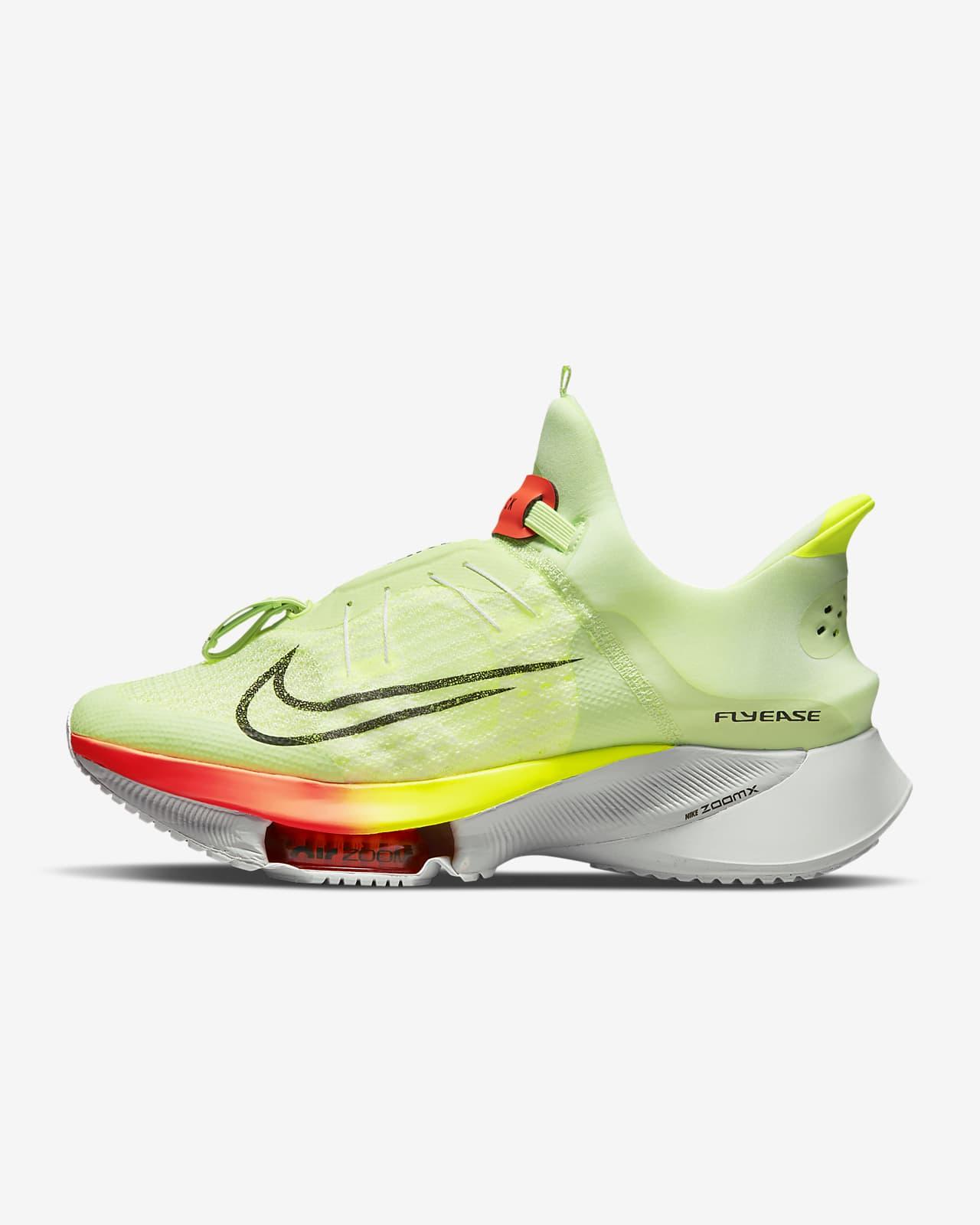Löparsko för hårt underlag som är enkel att ta på/av Nike Air Zoom Tempo NEXT% FlyEase för män