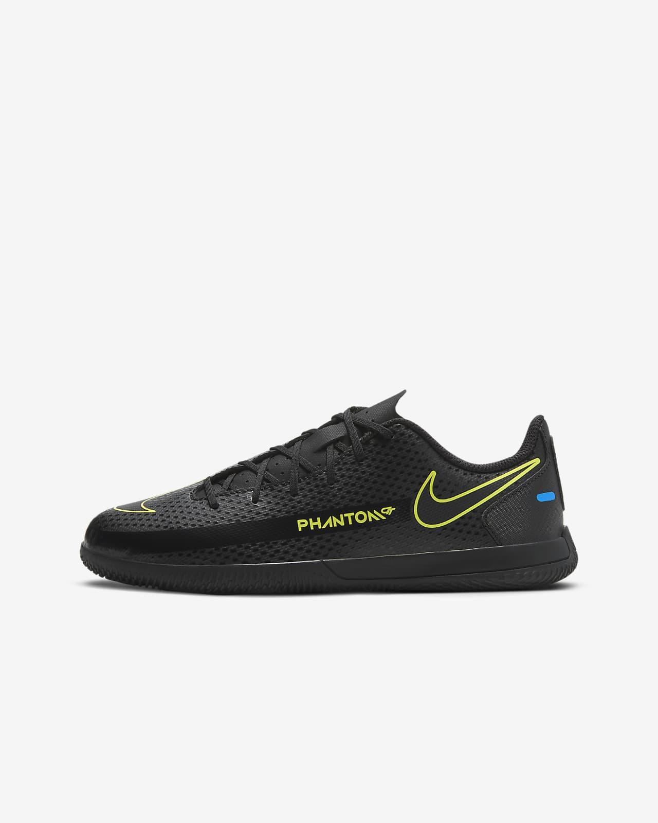 Nike Jr. Phantom GT Club IC Fußballschuh für Hallen- und Hartplätze für jüngere/ältere Kinder