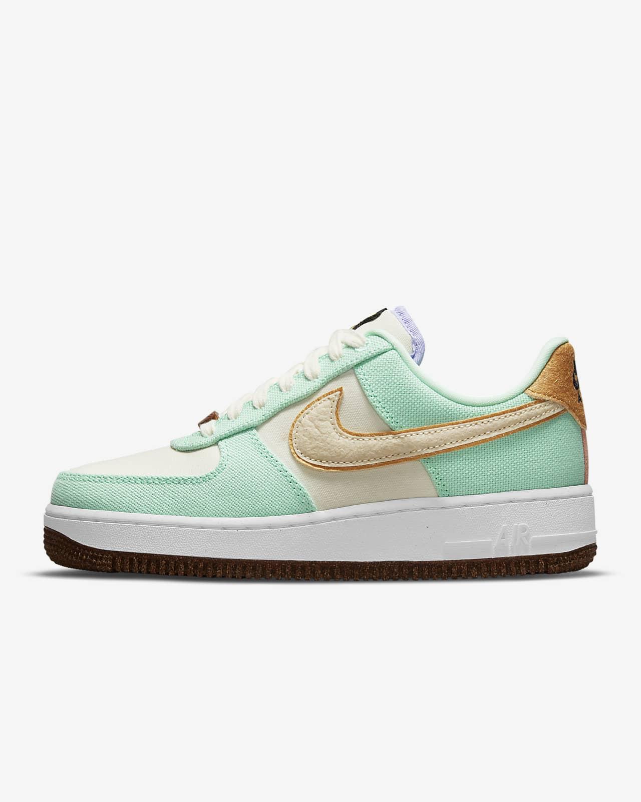 Scarpa Nike Air Force 1 '07 LX - Donna