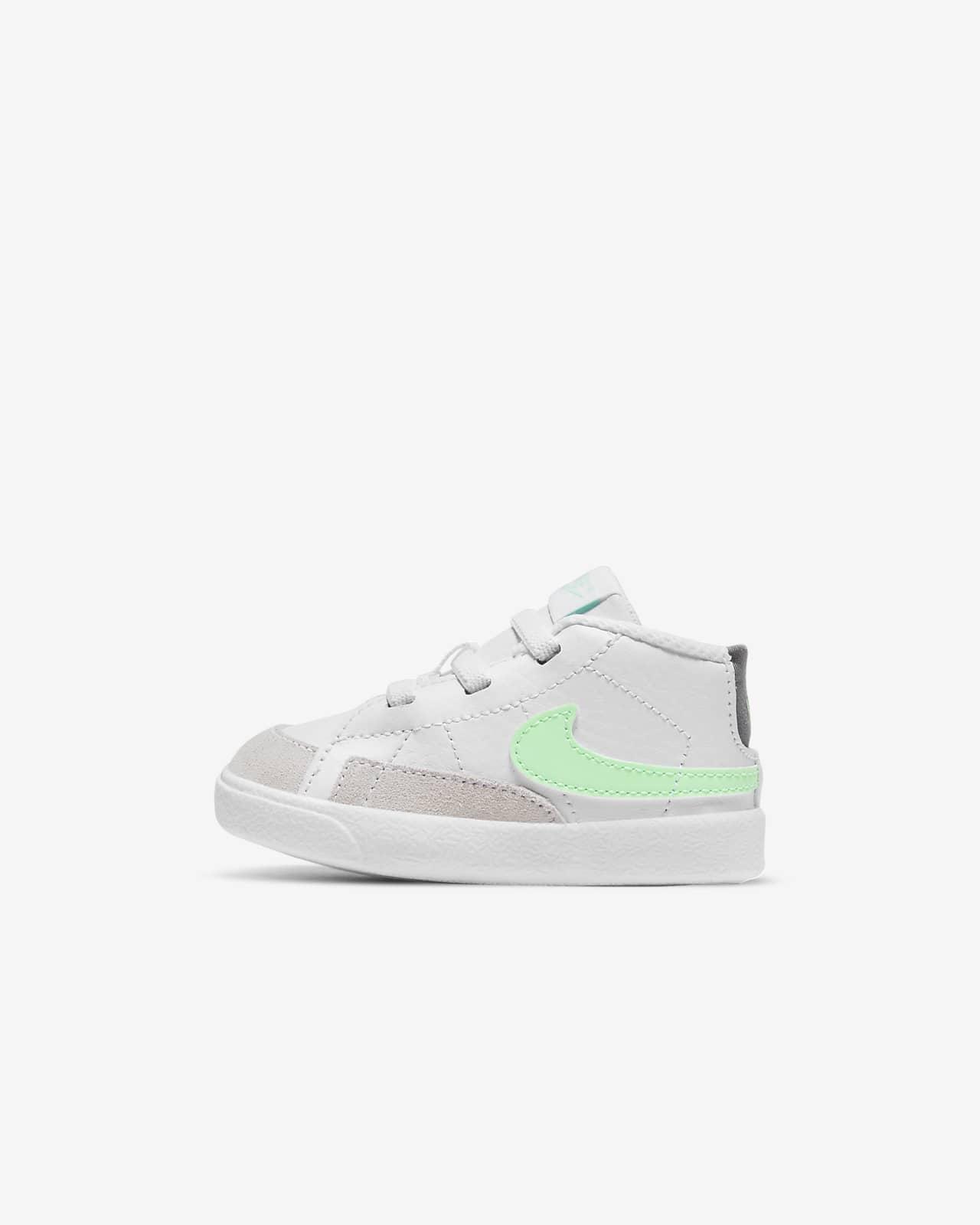 Nike Blazer Mid babacipő kiságyba