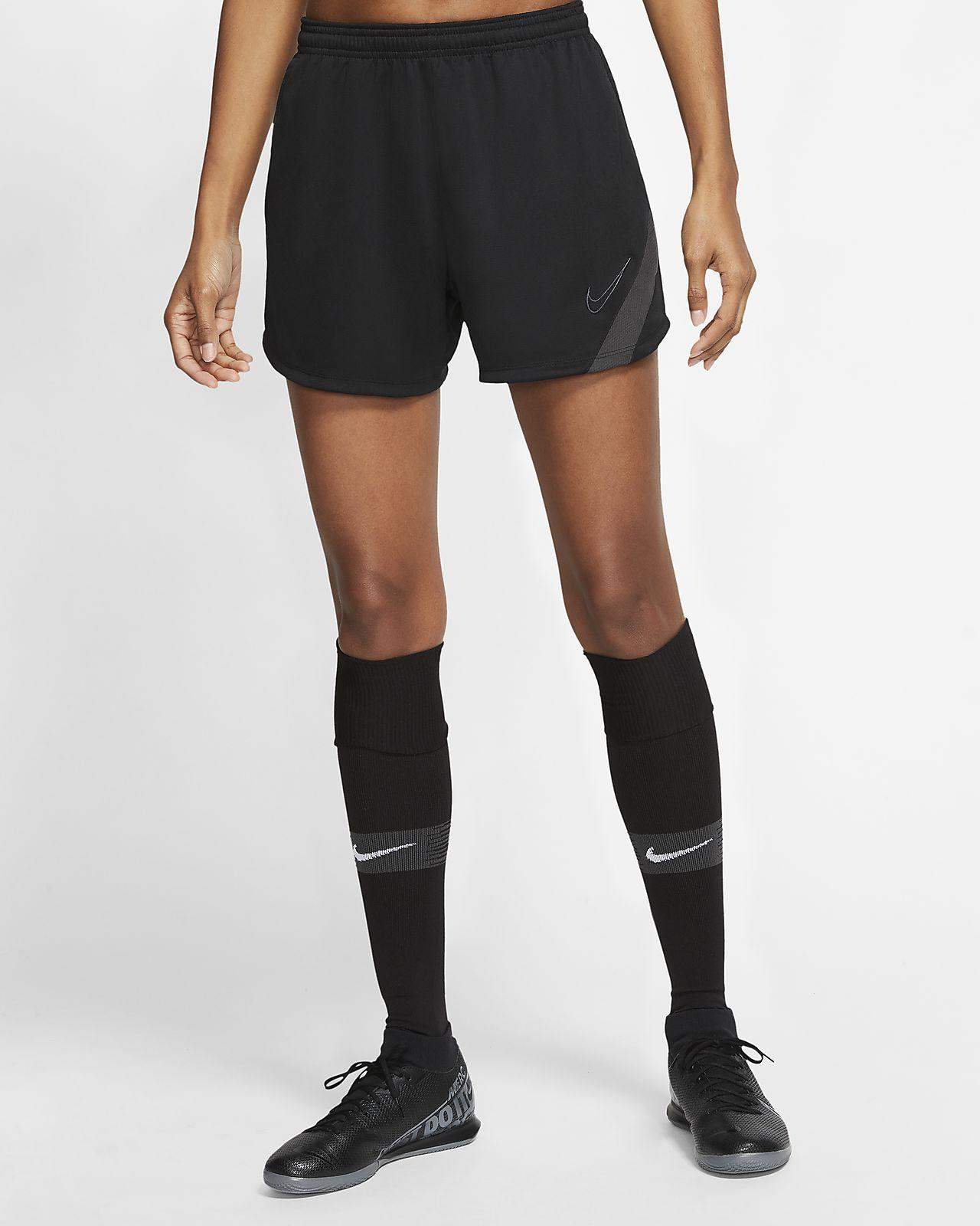 Nike Dri-FIT Academy Pro Damen-Fußballshorts