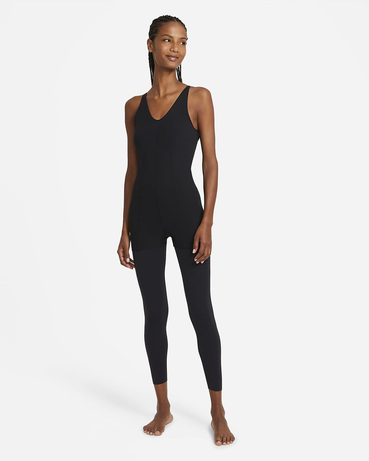 Nike Yoga Luxe mehrlagiger 7/8-Jumpsuit mit Lagen für Damen