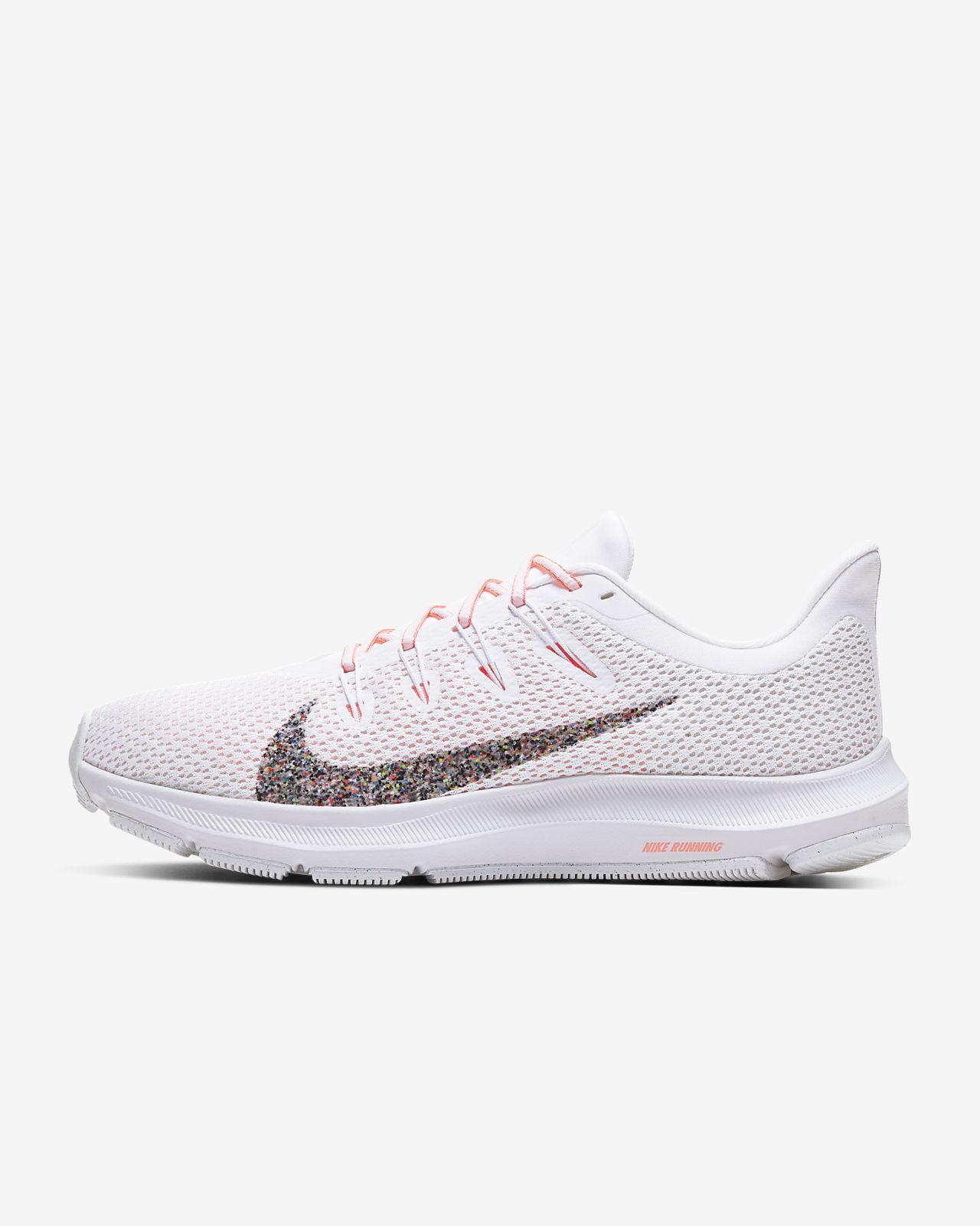 Nike Quest 2 女子跑步鞋