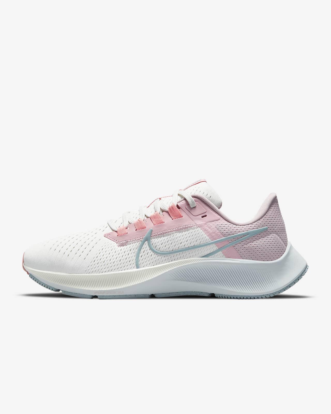 Nike Air Zoom Pegasus 38-løbesko til vej til kvinder