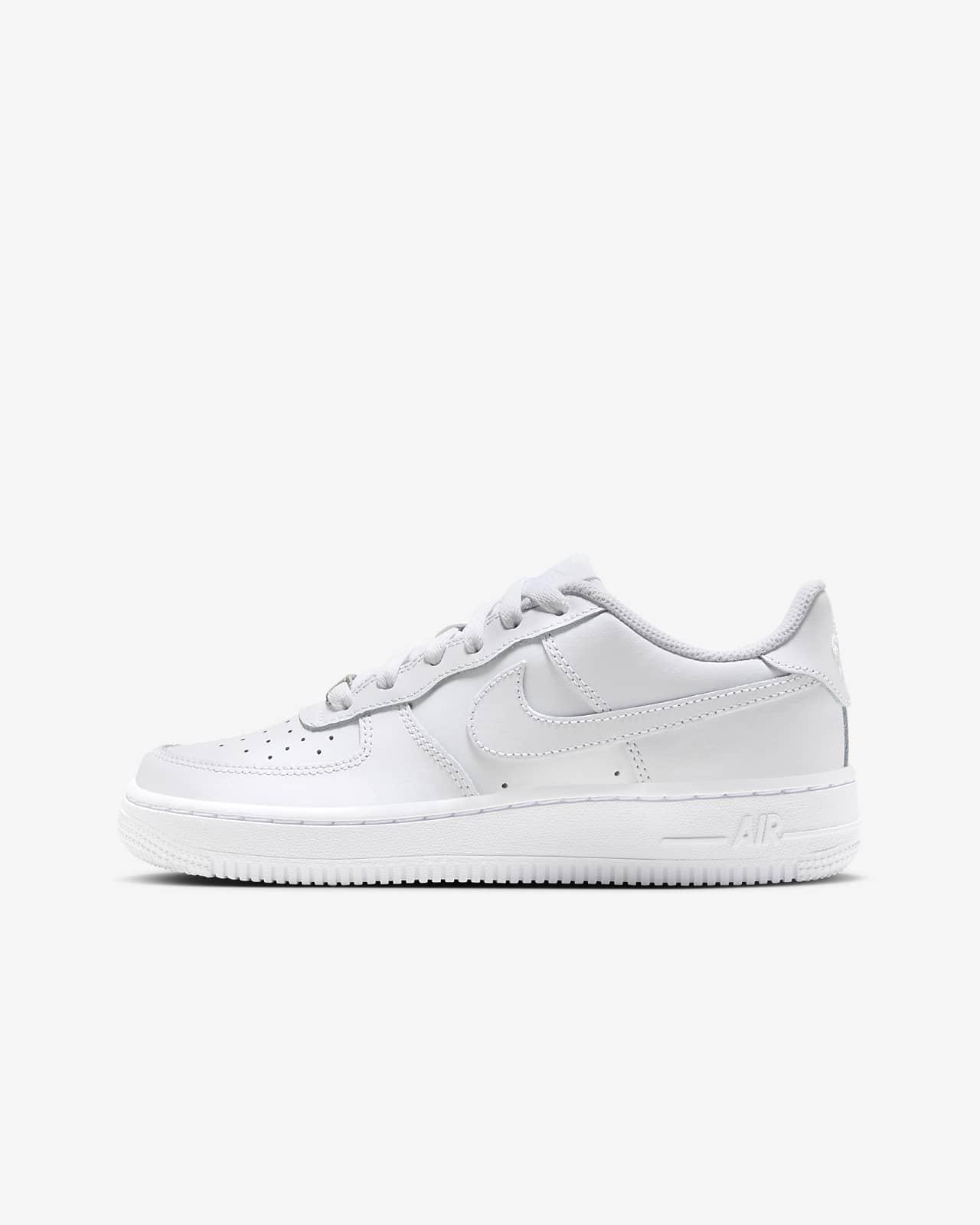 Nike Air Force 1 LE-sko til større børn