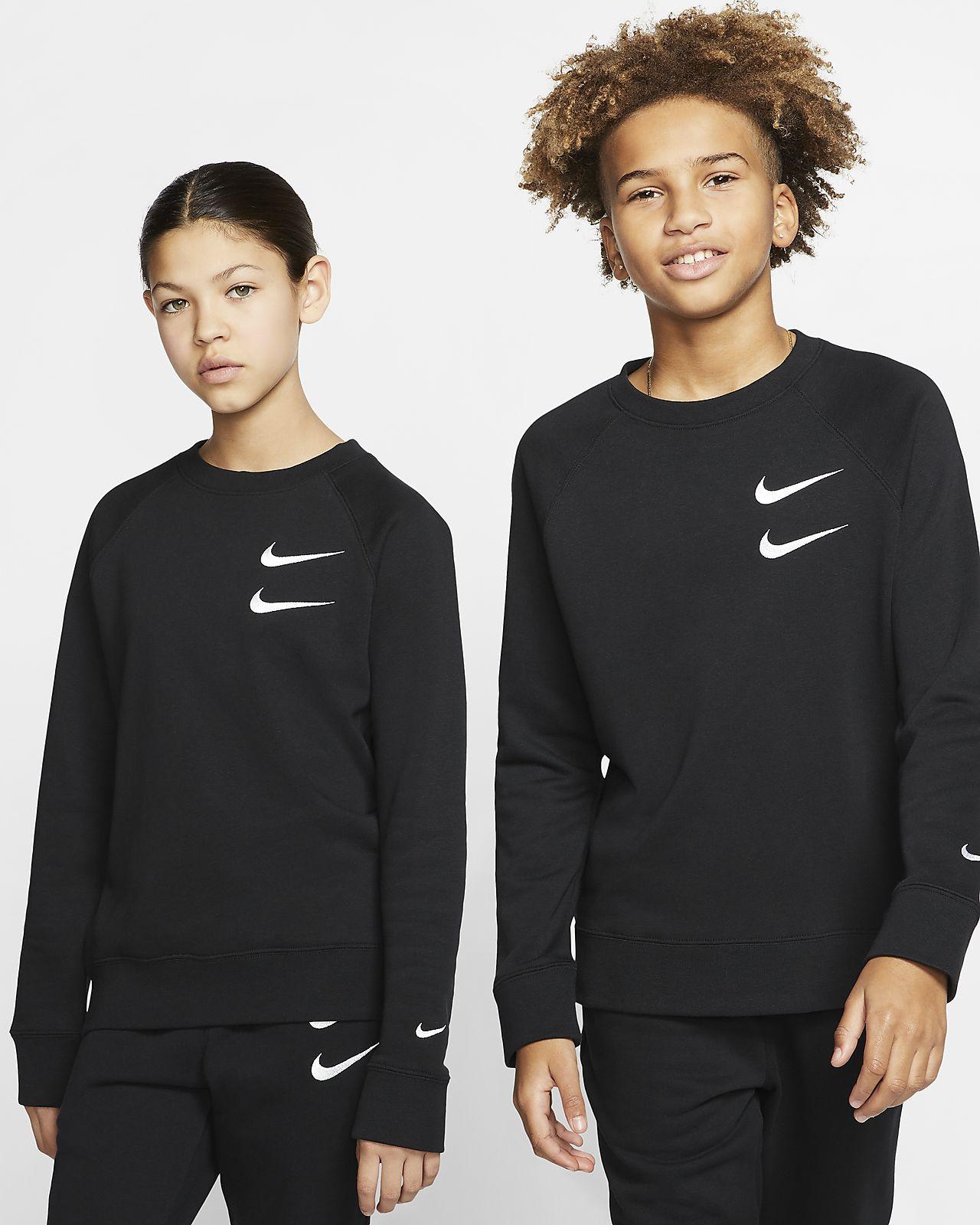 Nike Sportswear Swoosh Rundhalsshirt aus French-Terry-Material für ältere Kinder (Jungen)