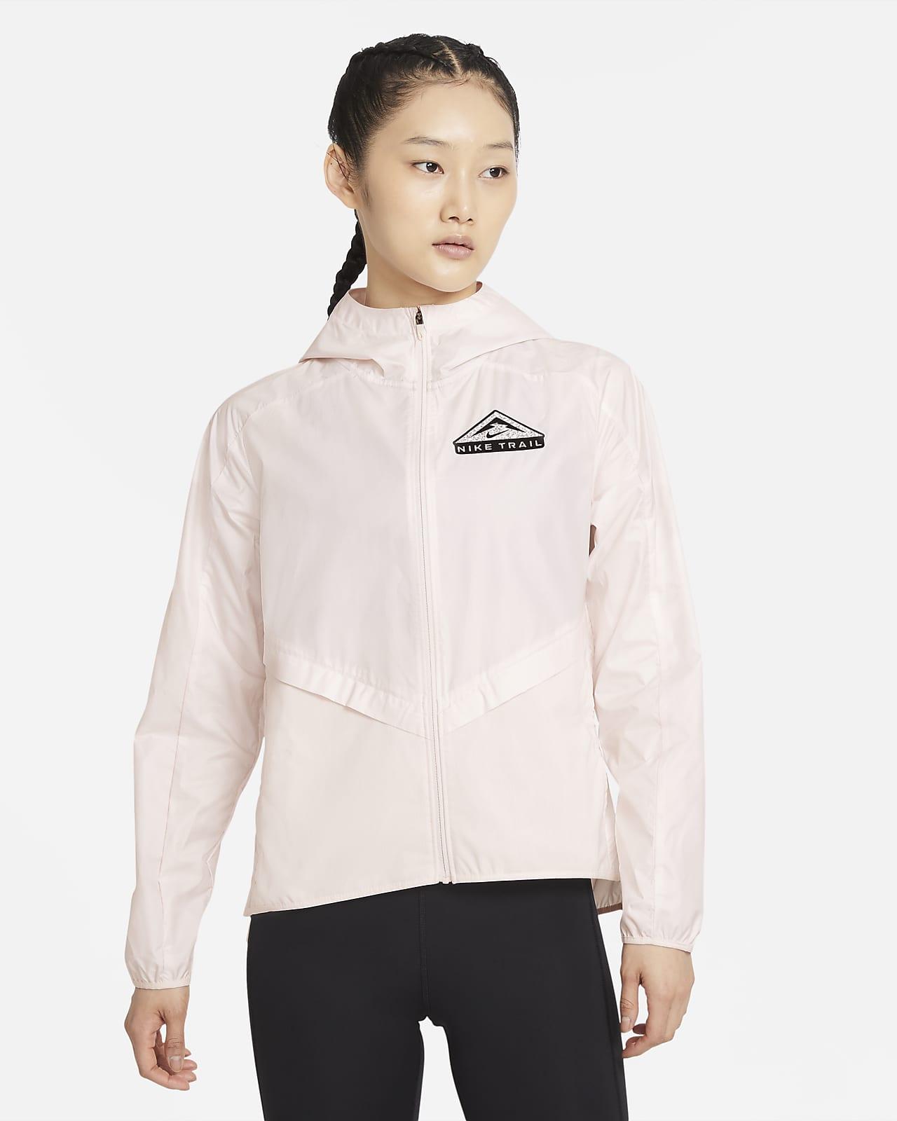 เสื้อแจ็คเก็ตวิ่งเทรลผู้หญิง Nike Shield