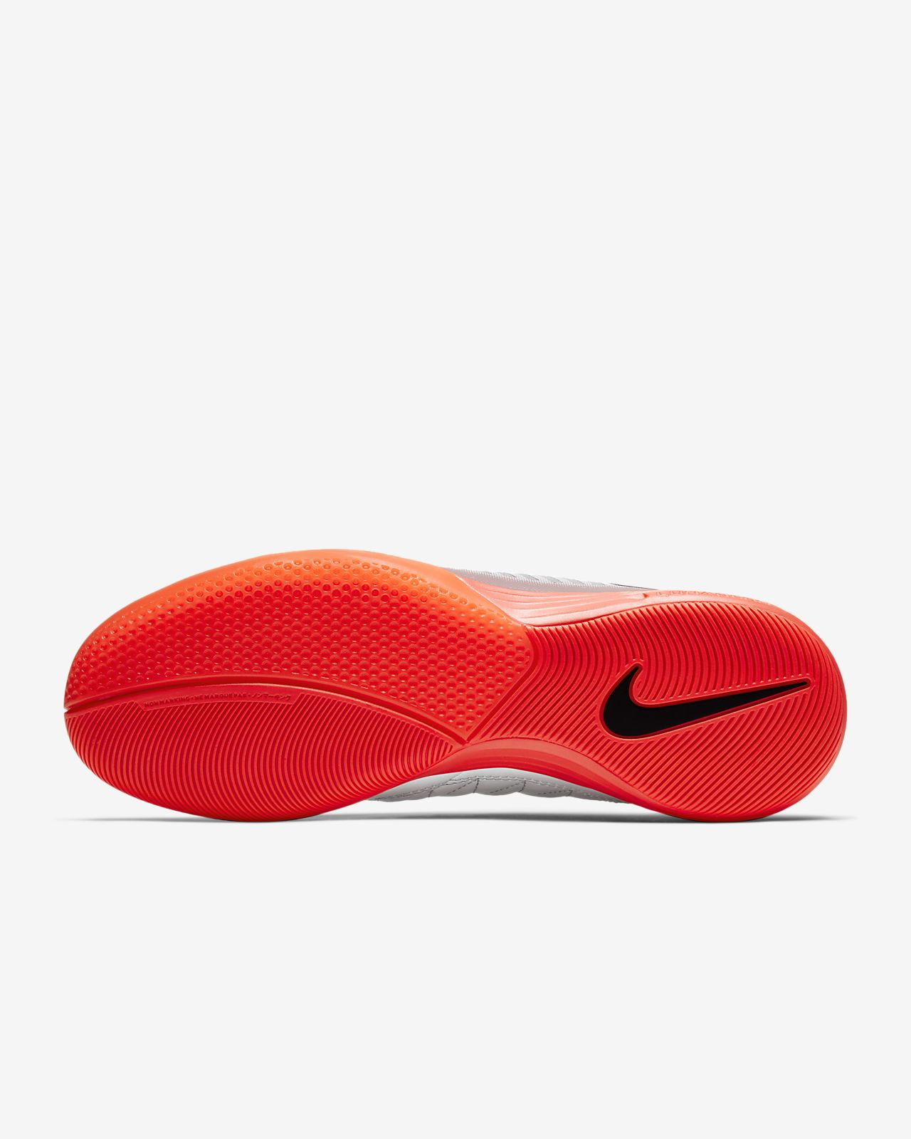 chaussures de salle nike