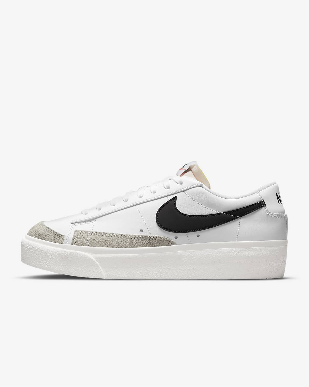 Nike Blazer Low Platform Damesschoen