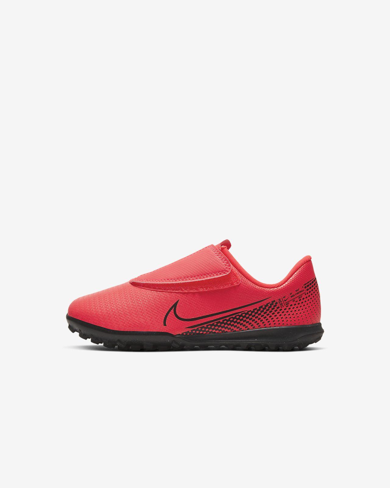 Nike Jr. Mercurial Vapor 13 Club TF Fußballschuh für Kunstrasen für Kleinkinder/jüngere Kinder