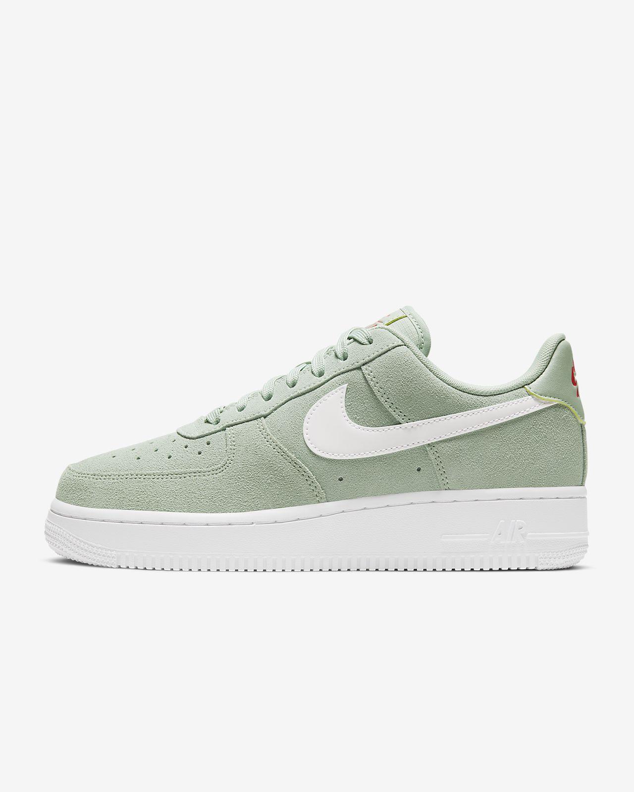 Tênis Nike Air Force 1 '07 Suede Feminino | Nike (com
