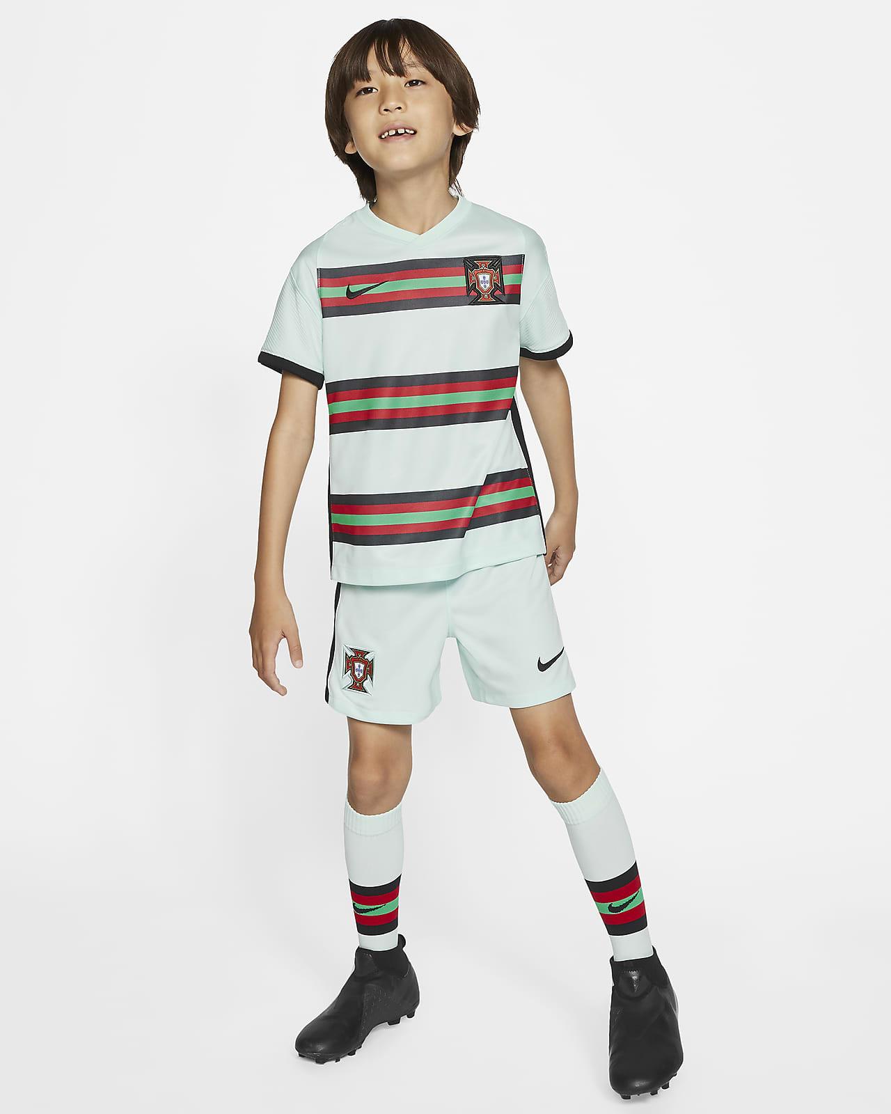 Футбольный комплект для дошкольников с символикой выездной формы сборной Португалии 2020