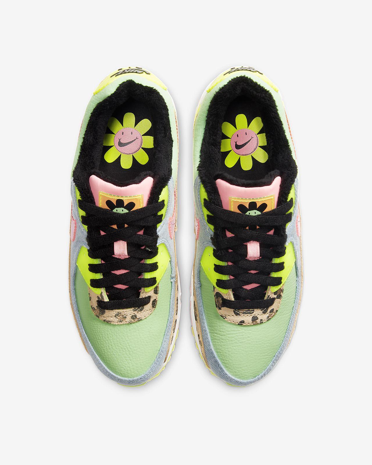 Nike Air Max 90 LX Color: Illusion GreenSunset Pulse Black