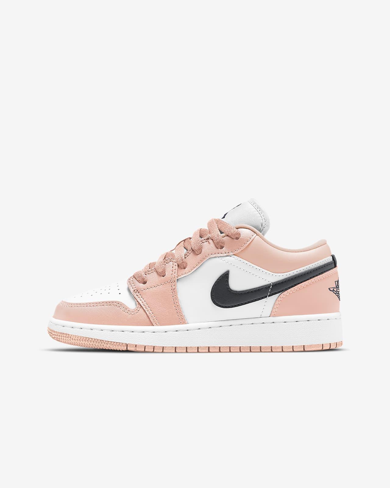 Air Jordan 1 低筒大童鞋款