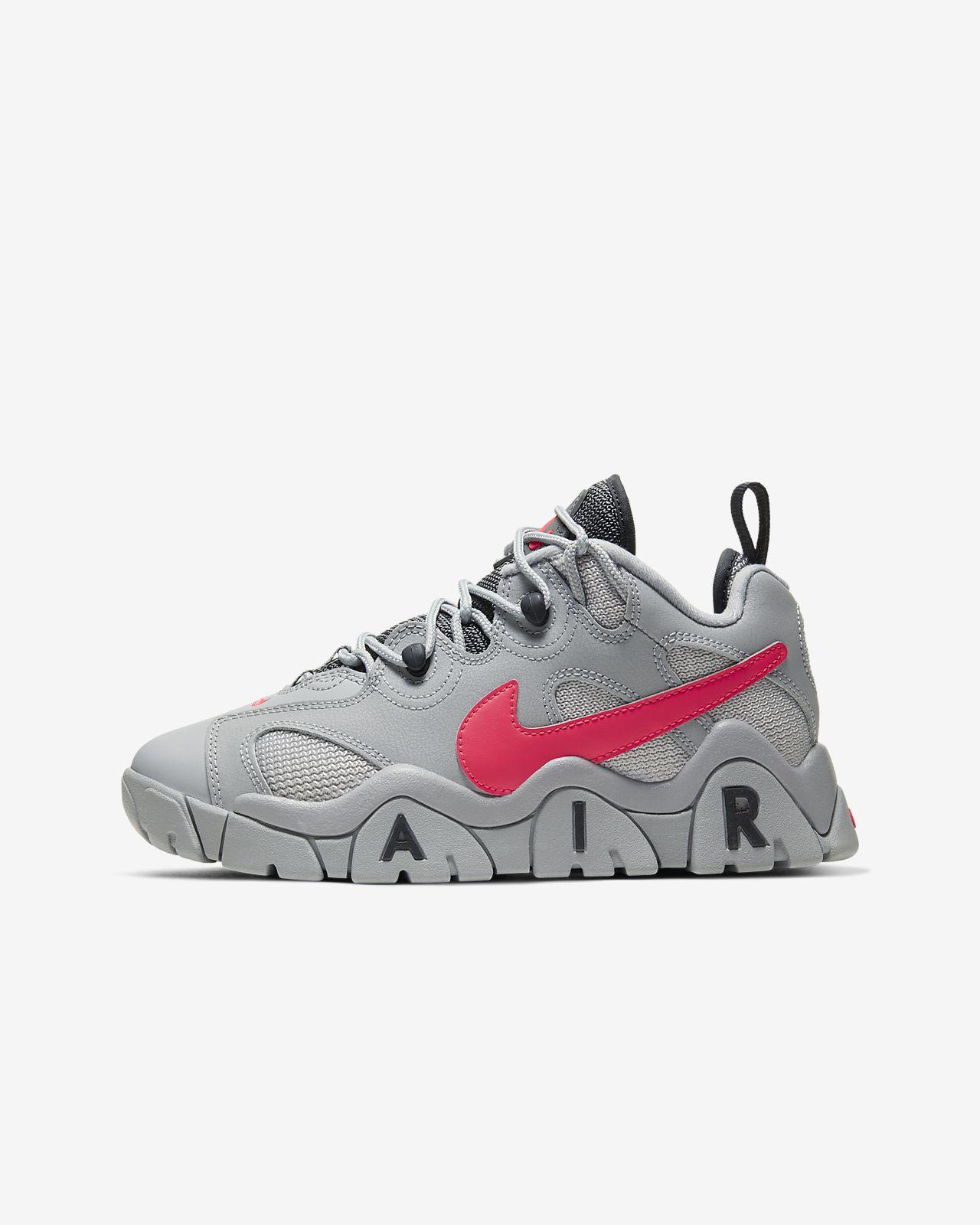 Nike Air Barrage Low Big Kids' Shoe