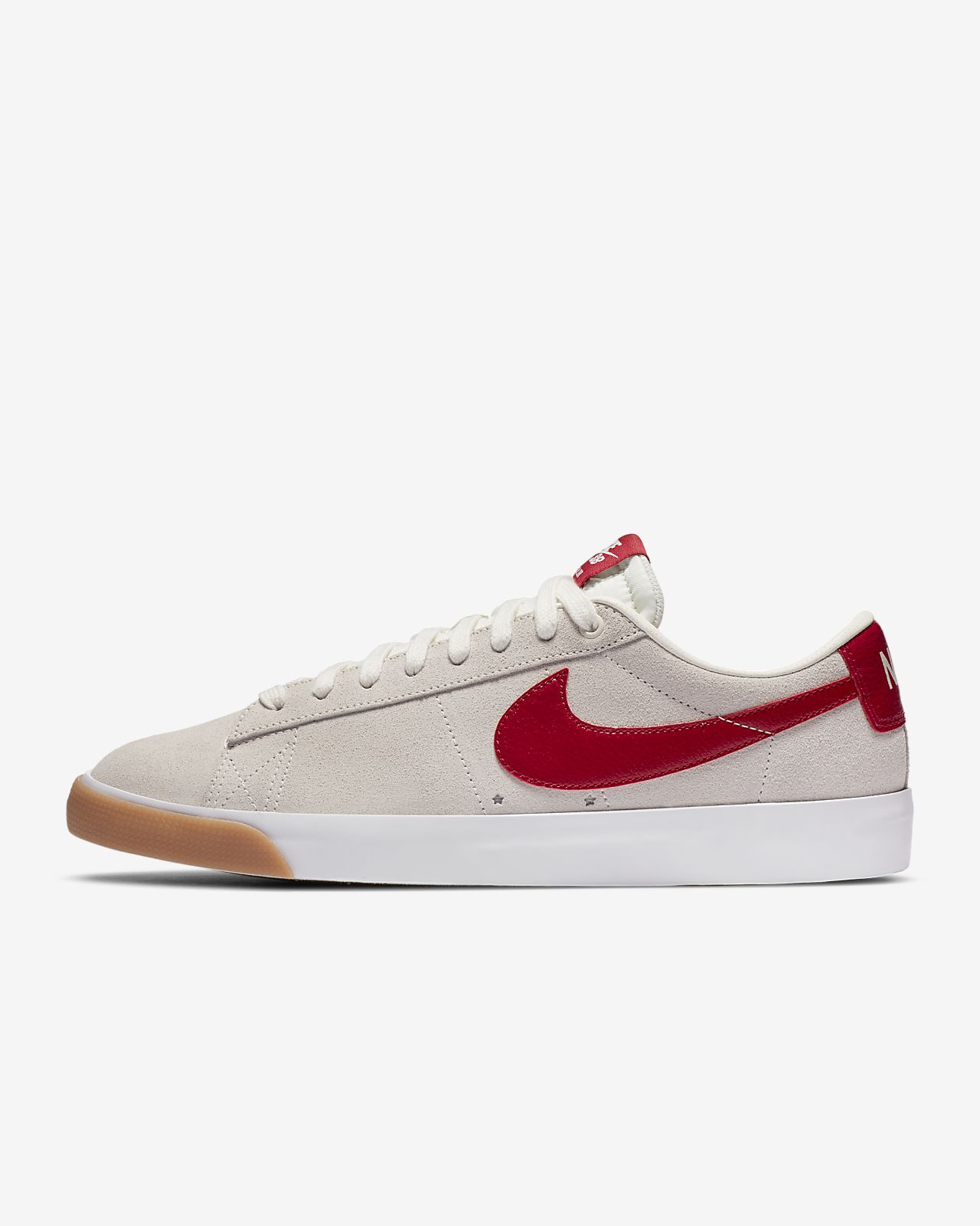 Nike SB Blazer Low GT Skate Shoe. Nike RO