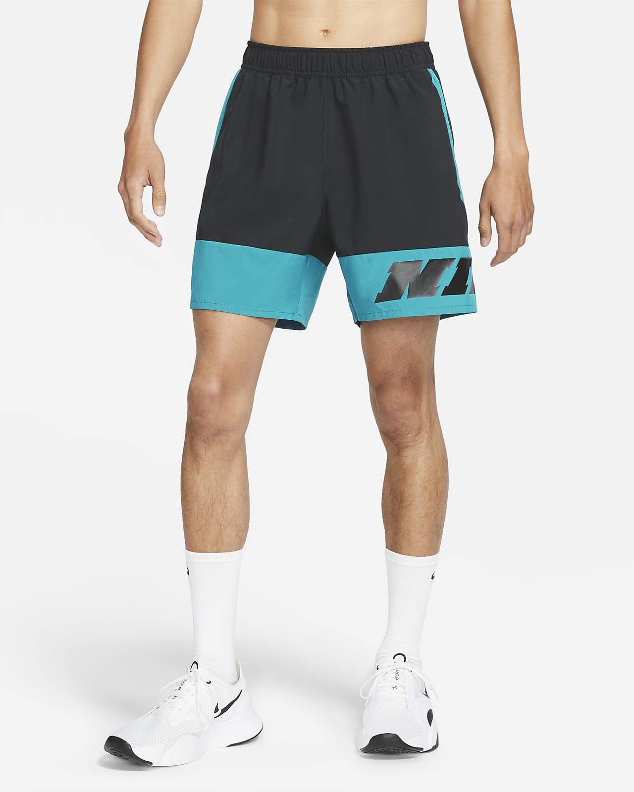 กางเกงเทรนนิ่งขาสั้นผู้ชาย Nike Sport Clash