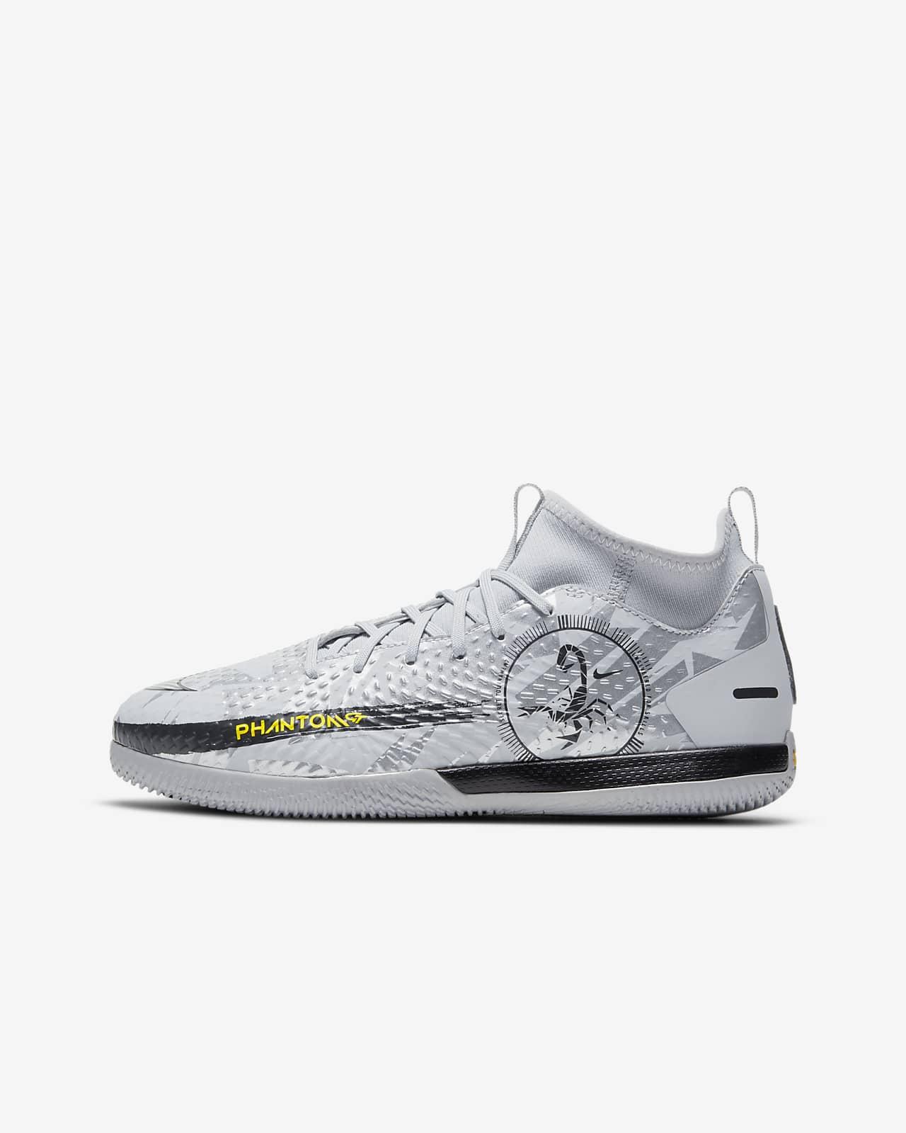 Nike Jr. Phantom Scorpion Academy Dynamic Fit IC Younger/Older Kids' Indoor/Court Football Shoe