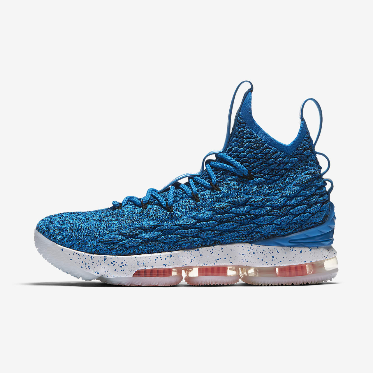 LeBron 15 Basketball Shoe