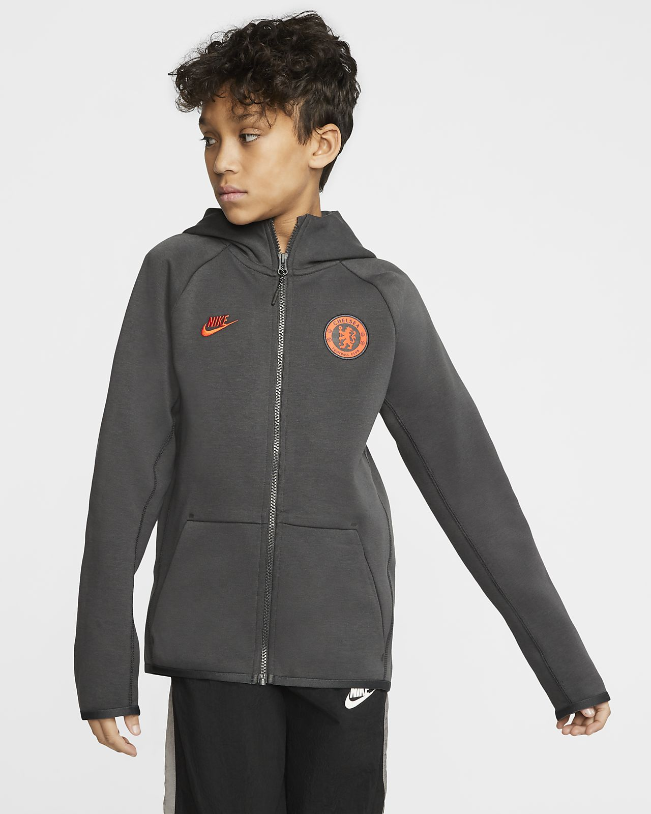 Chelsea FC Tech Fleece Essentials Older Kids' Full-Zip Hoodie